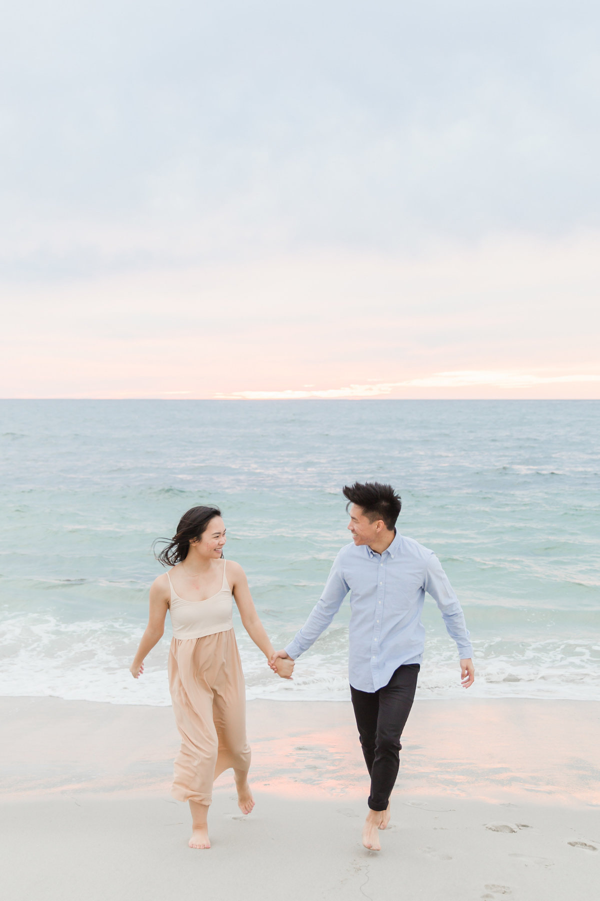 babsie-ly-photography-surprise-proposal-photographer-san-diego-california-la-jolla-windansea-beach-scenery-asian-couple-007