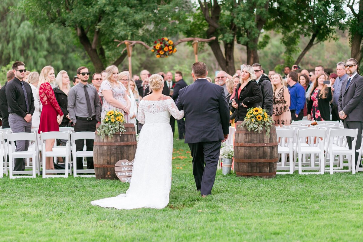 Kelli-Bee-Photography-Gallery-Farm-Southern-CA-Norco-Rustic-Wedding-Luxury-Lifestyle-Photographer-Lauren-Ben-0036