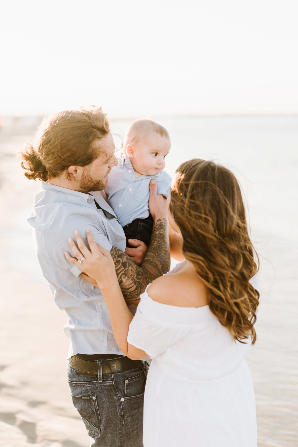 crane-beach-family-session-boston-lifestyle-newborn-photographer-photo_0011