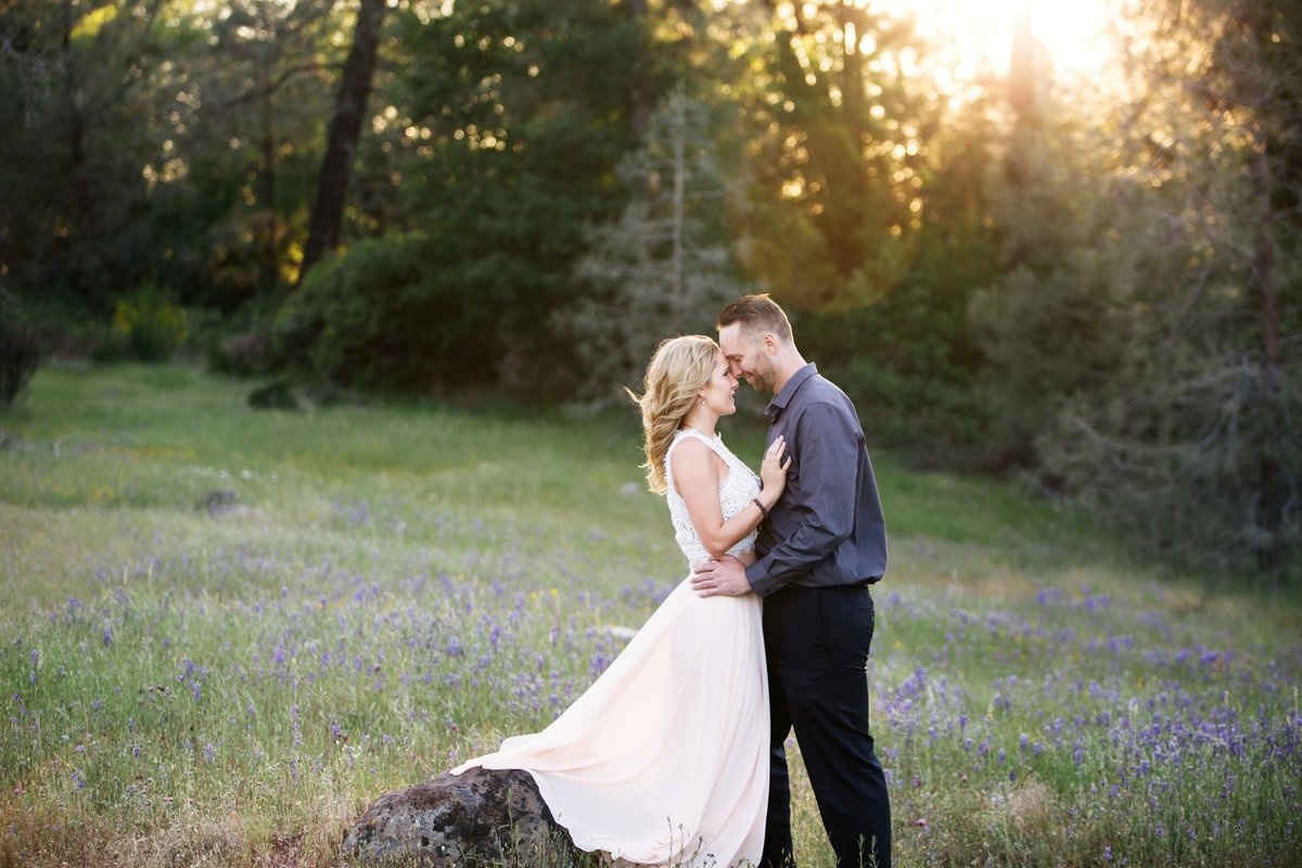 boho engagement photos Grass Valley, CA