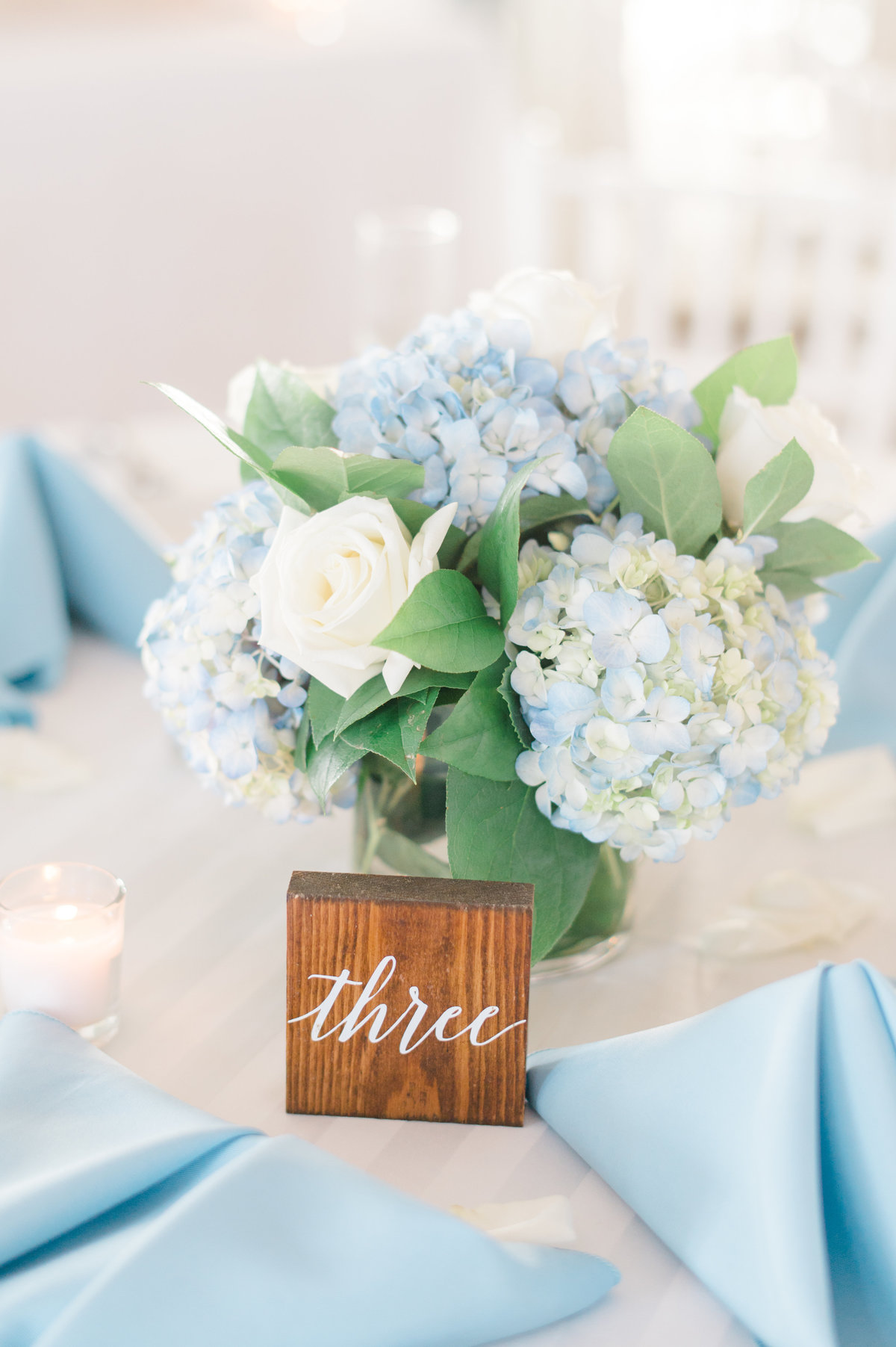 wedding-details-table-photograph