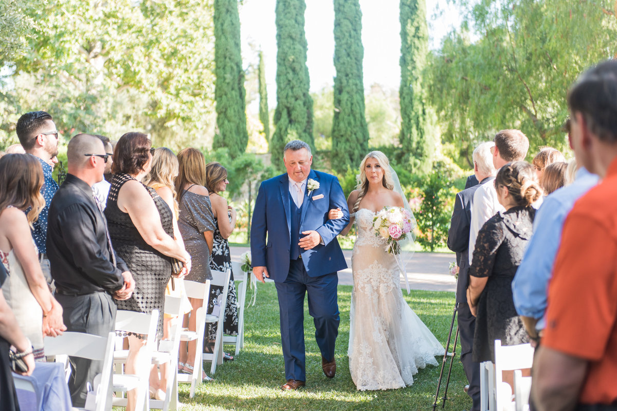 hummingbird-nest-ranch-wedding-photos-50
