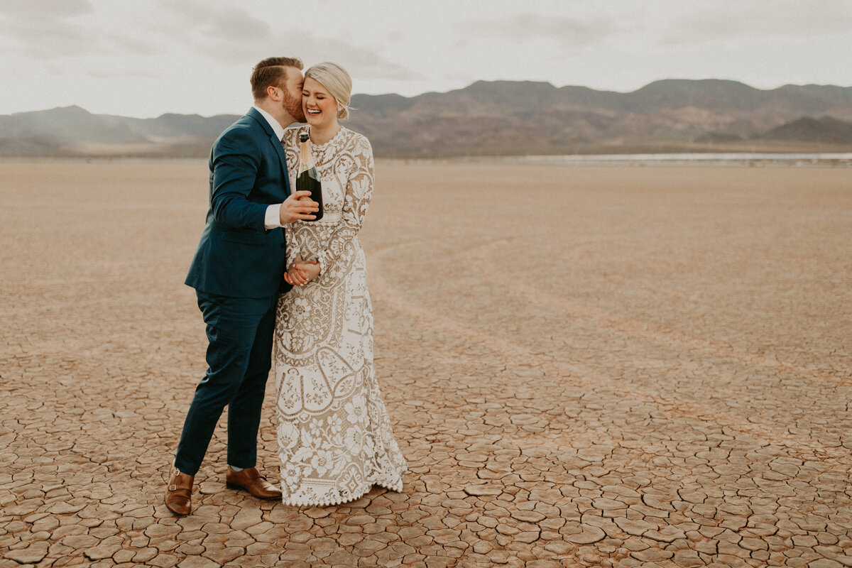 Las-Vegas-Elopement-Dry-Lake-Bed-376