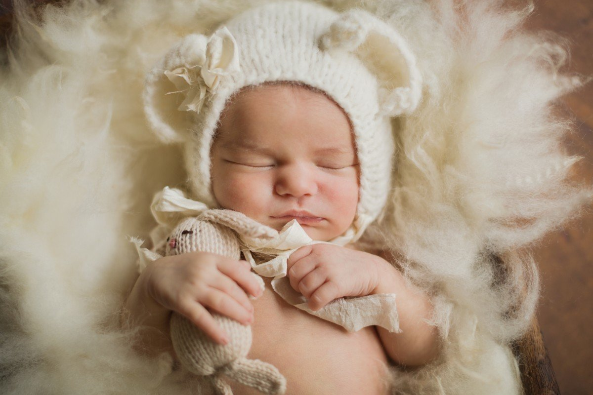 2015_05_27 Newborn Genevieve Marie Sanchez born May 20, 2015 7 days new_12