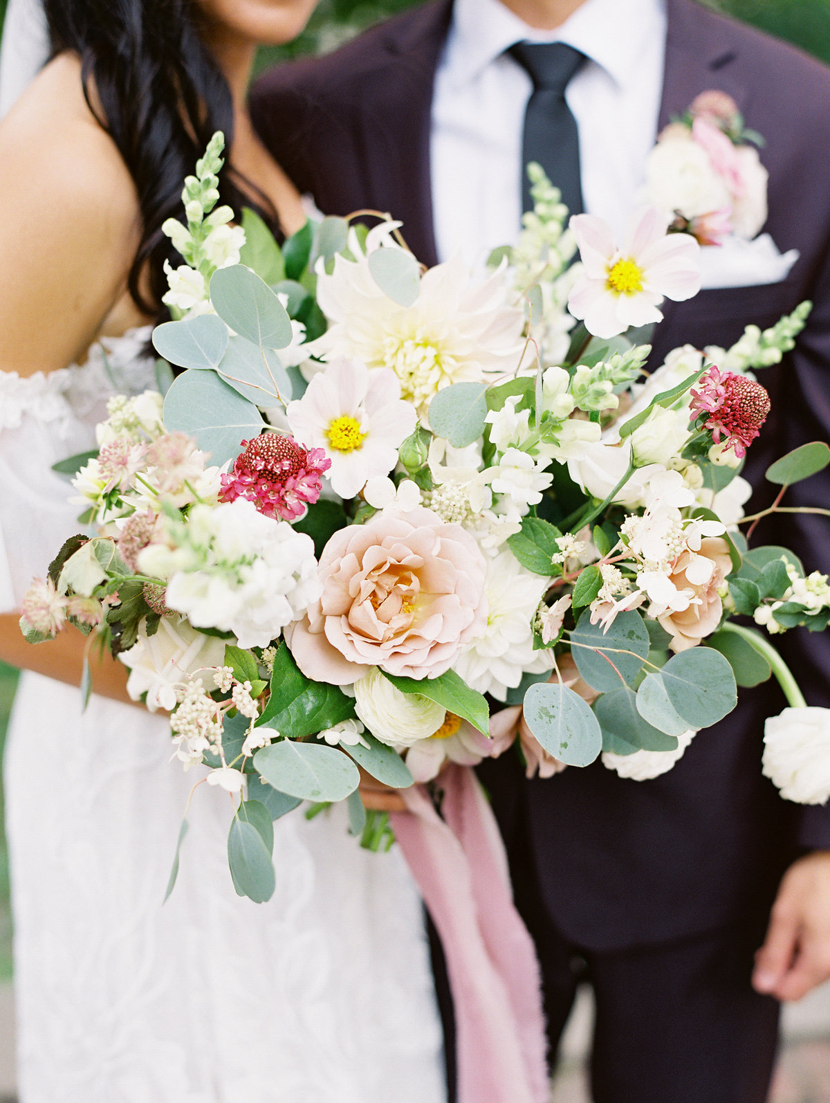 organic romantic bridal bouquet