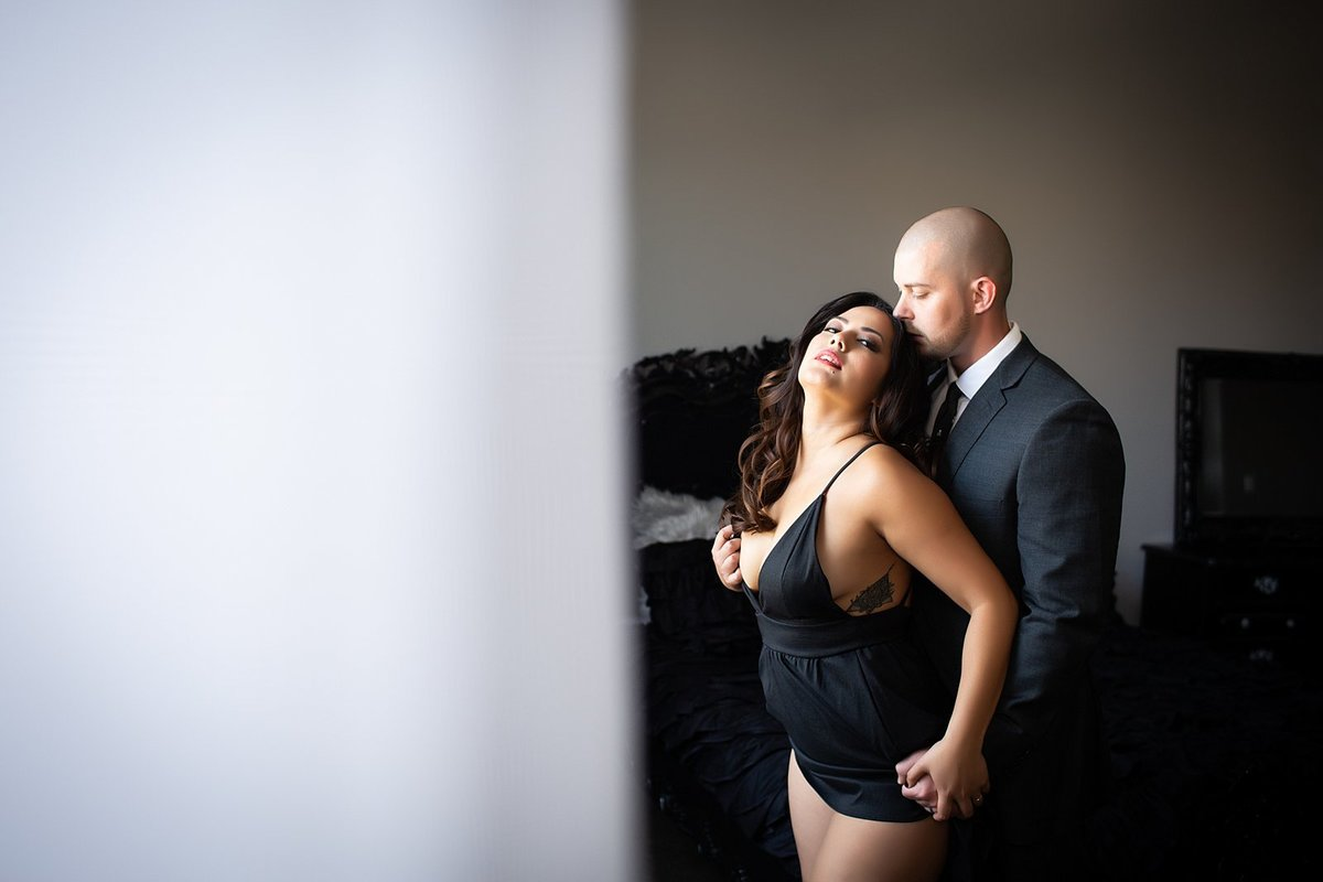 Hampton Roads Virginia Couples Boudoir Photographer (15)