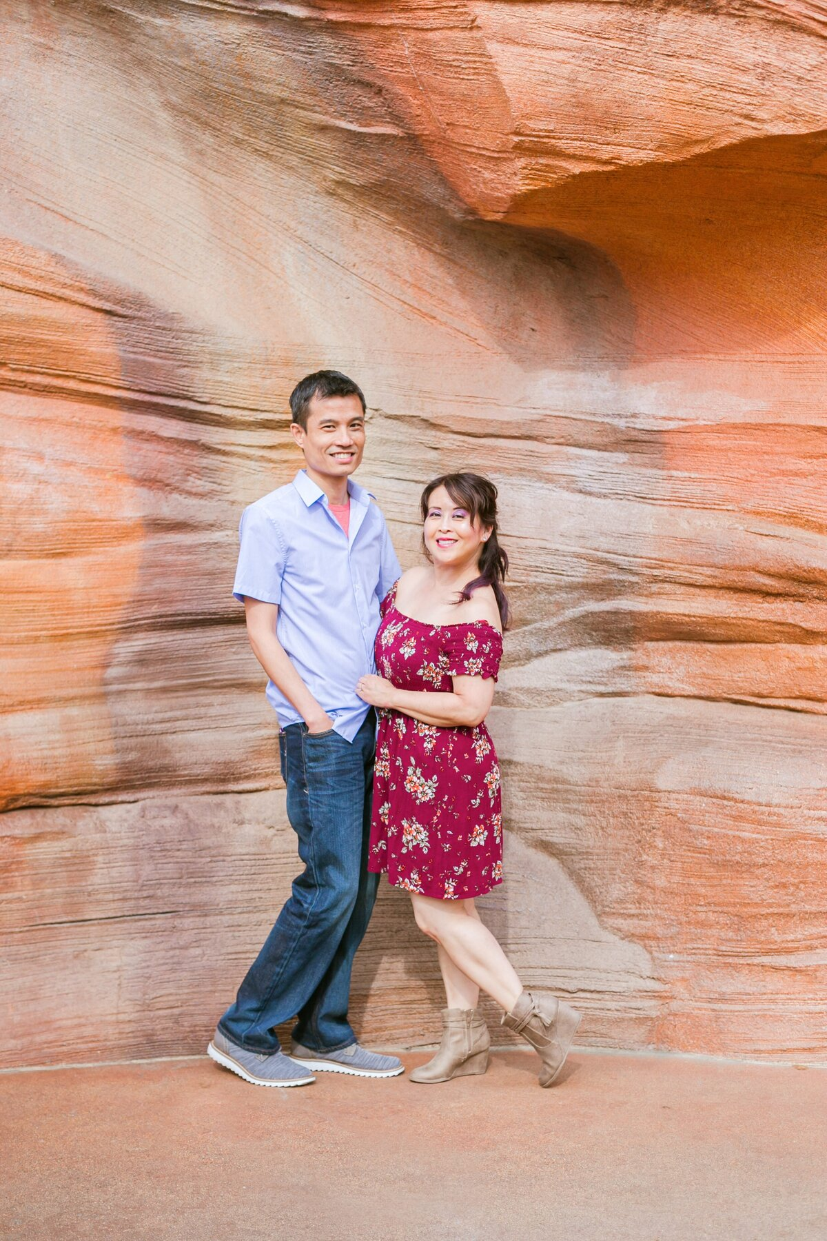 Disneyland-Engagement-Session-0015