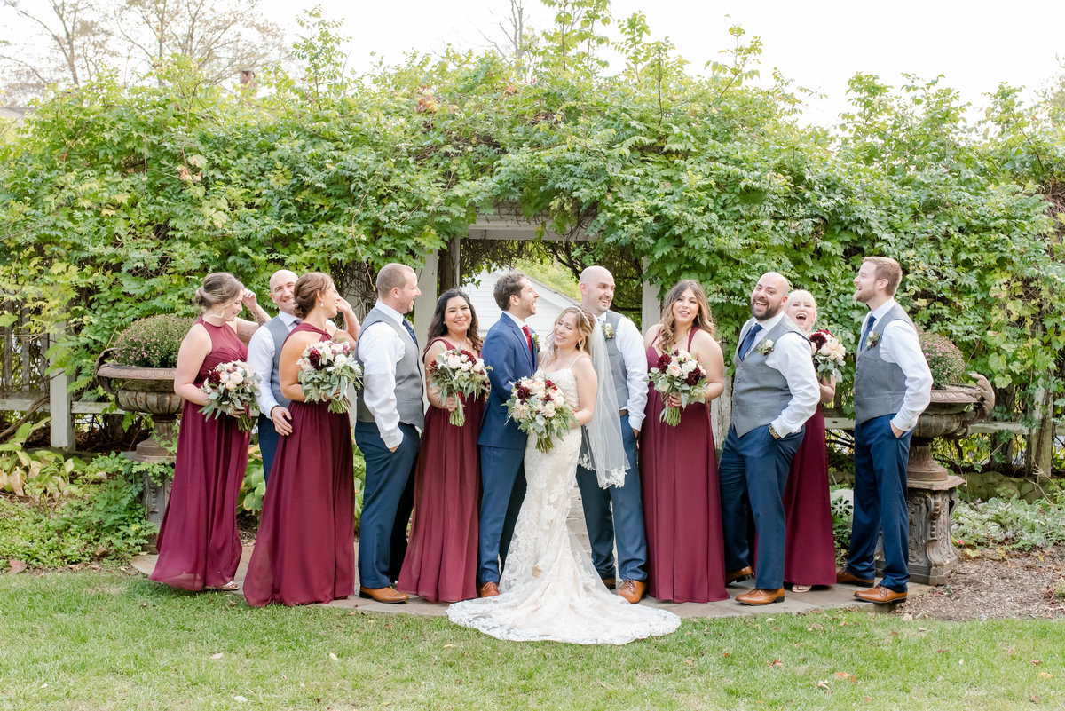 FEAST at Round Hill Wedding-Hudson Valley Wedding PhotographerDayra and Thomas Wedding 219550-17