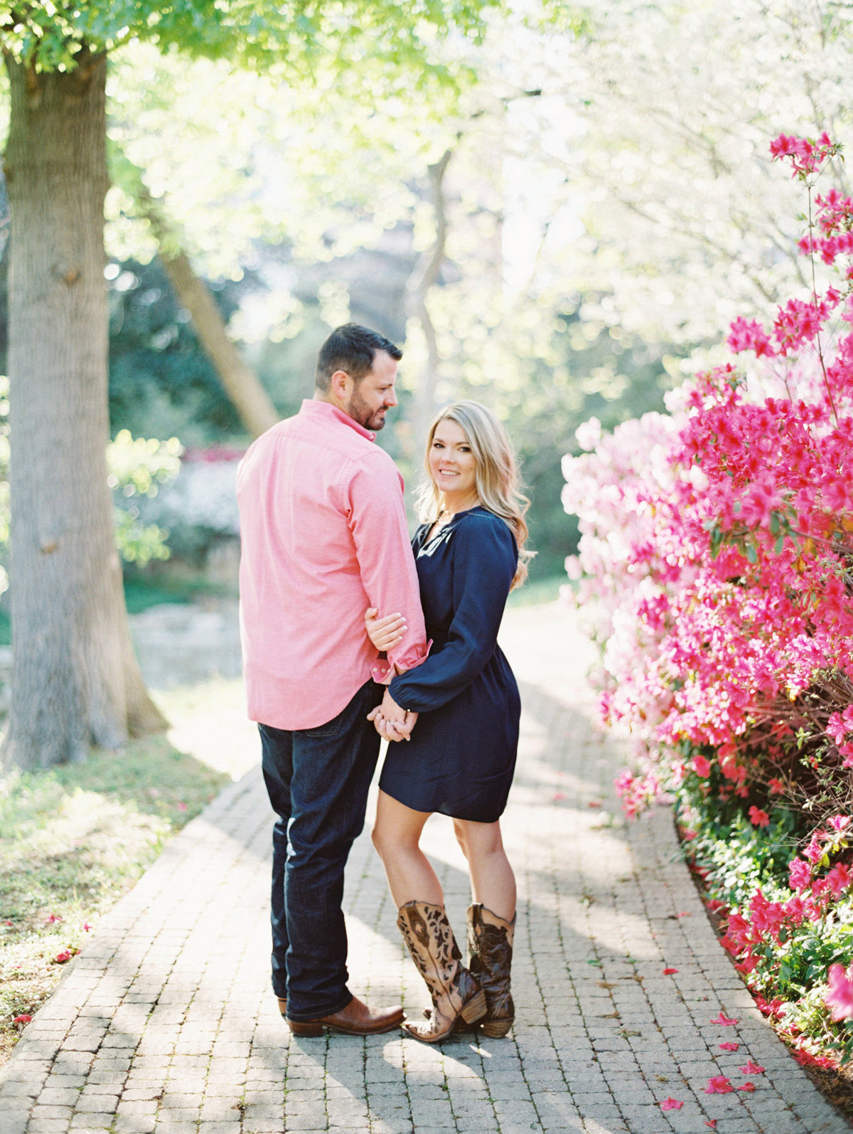Courtney Hanson Photography - Dallas Spring Engagement Photos-006