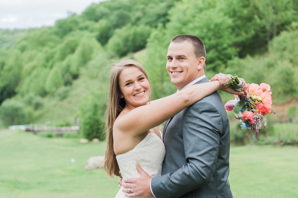 Barn wedding photographed at White Fence Farm by Boone Wedding Photographer Wayfaring Wanderer. White Fence Farm is a gorgeous venue in Trade, TN.