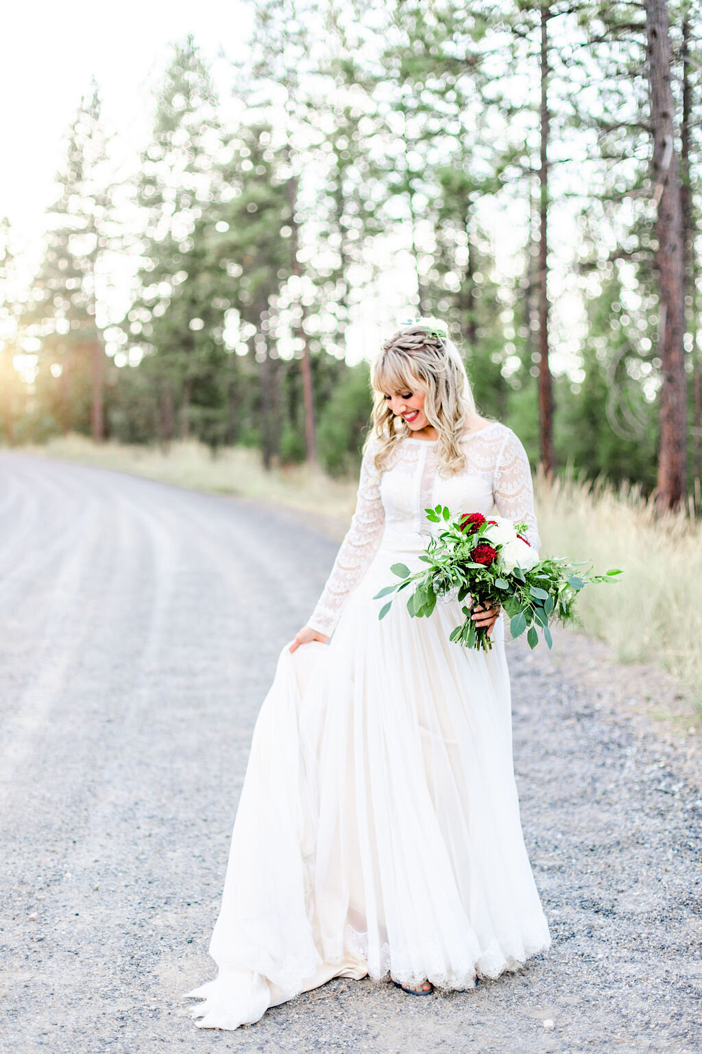 light_and_airy_bridals