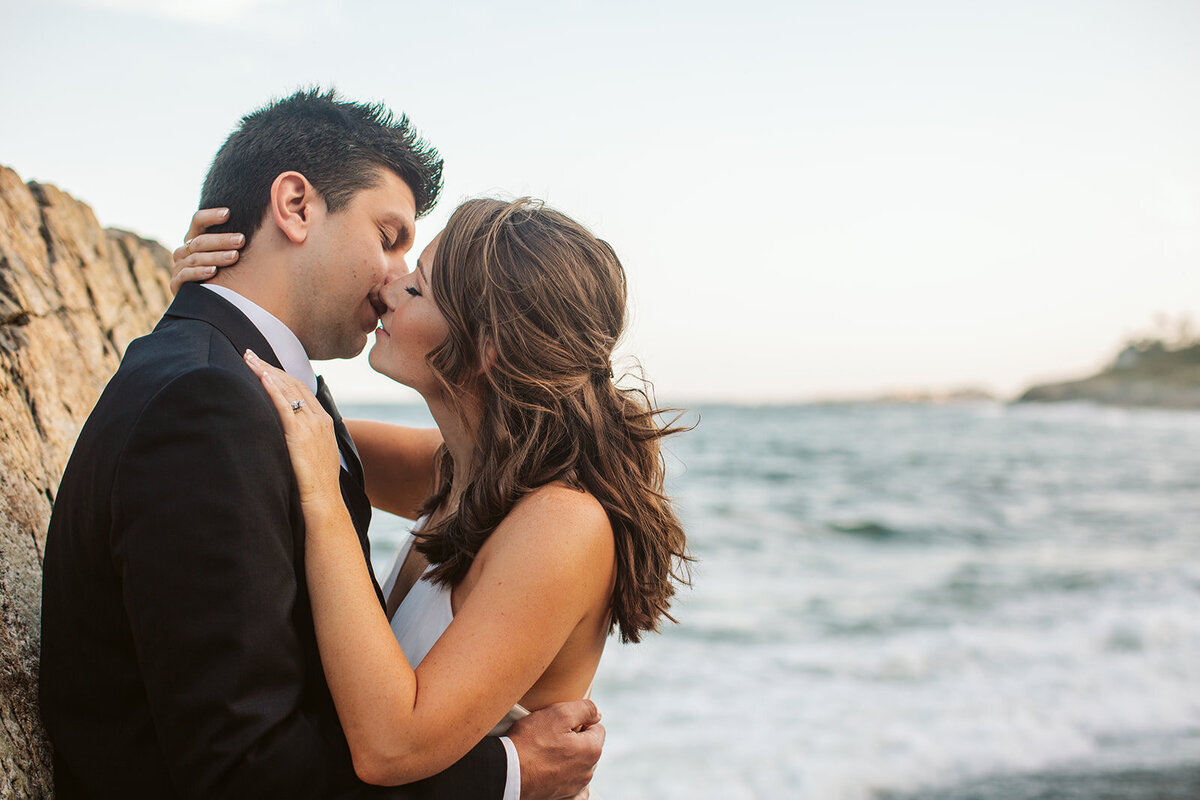 Cliff Coast Elopement - Hourglass Photo - Courtney Nick -5