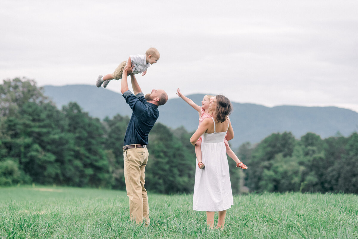 asheville-family-photographer-63296329