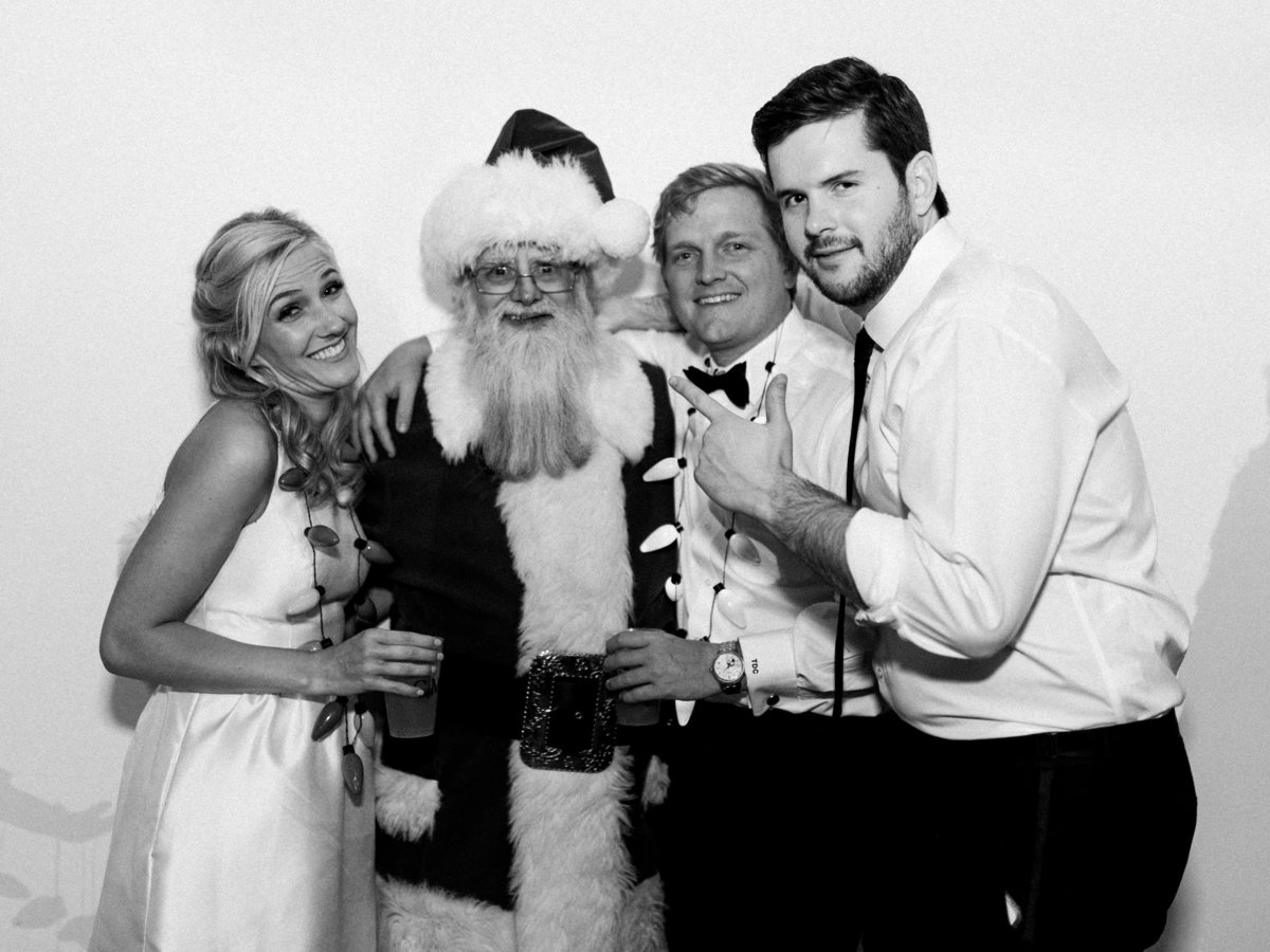 Courtney Hanson Photography - Festive Holiday Wedding in Dallas at Hickory Street Annex-1647