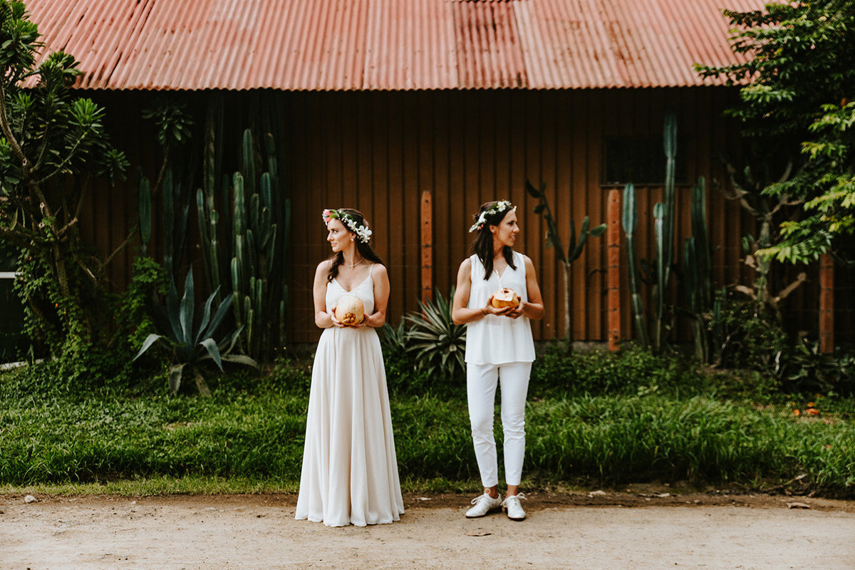 wedding couple posing in Jaco, Costa Rica