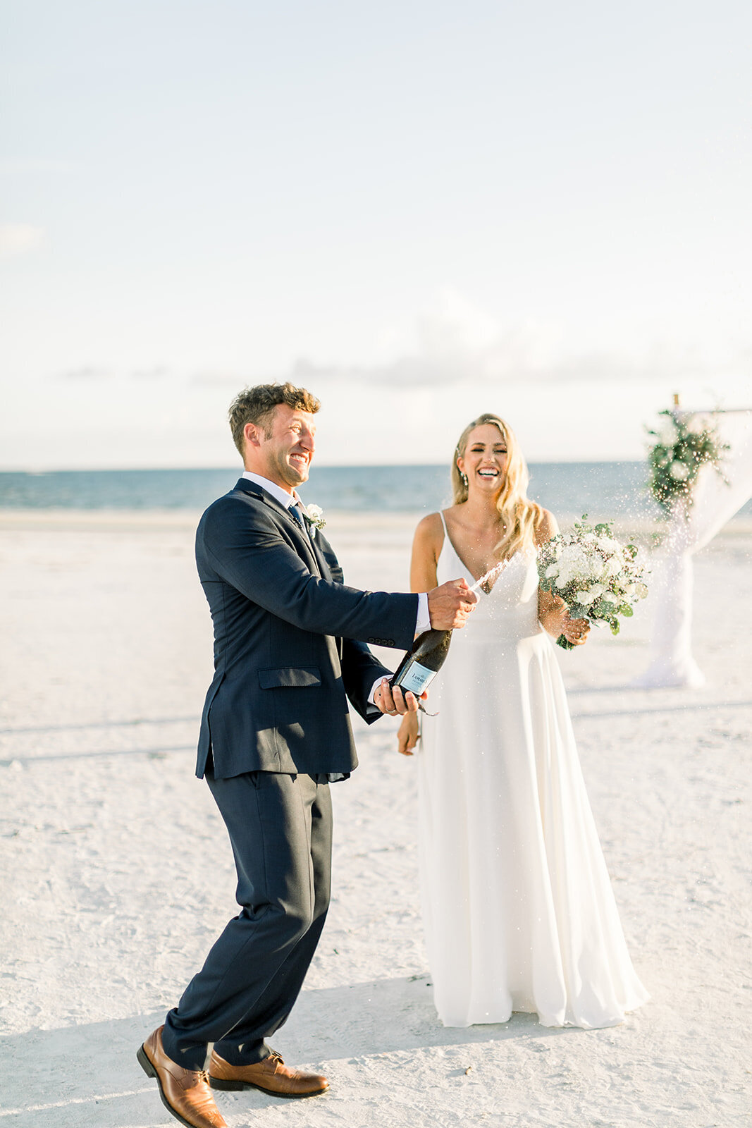 alex-mike-bowditch-beach-fort-myers-wedding-photos-1255