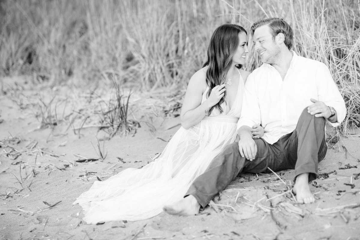 Ashley & Lou_Engaged_Beach_1181