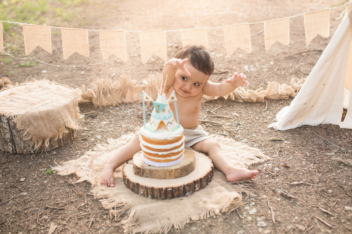 Vaughan-Cake-Smash-Birthday-Photographer003