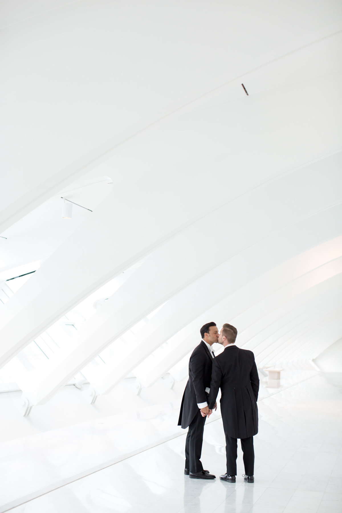 Milwaukee-Art-Museum-Wedding-025