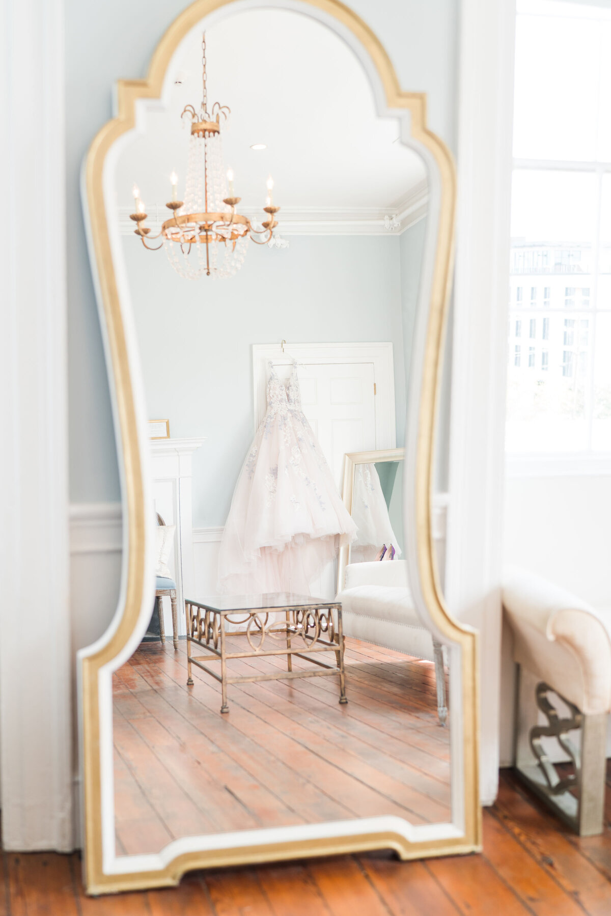 Kate Dye Photography Charleston Wedding Engagement Light Airy Bright Colorful