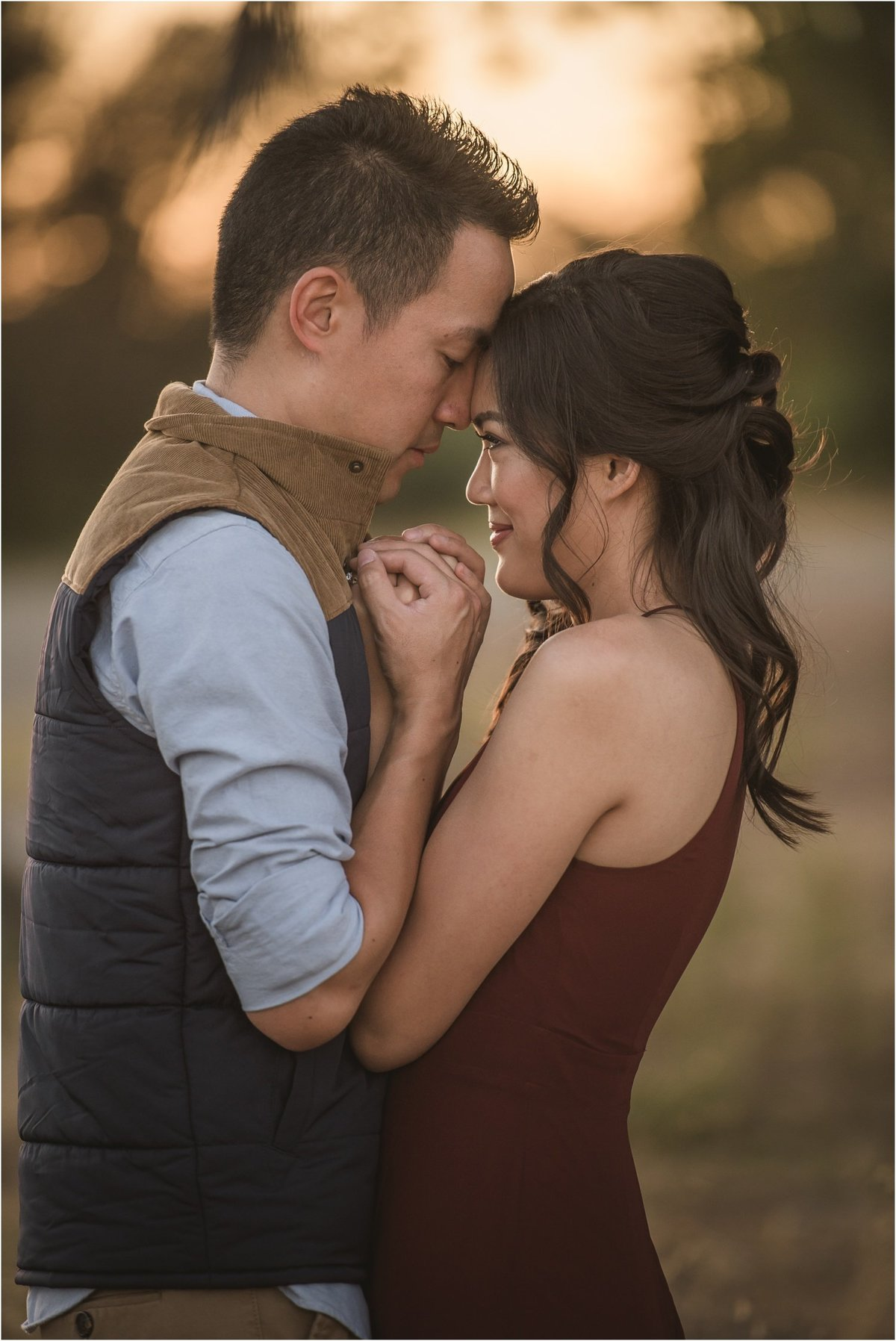 golden-hour-engagement-session_1258