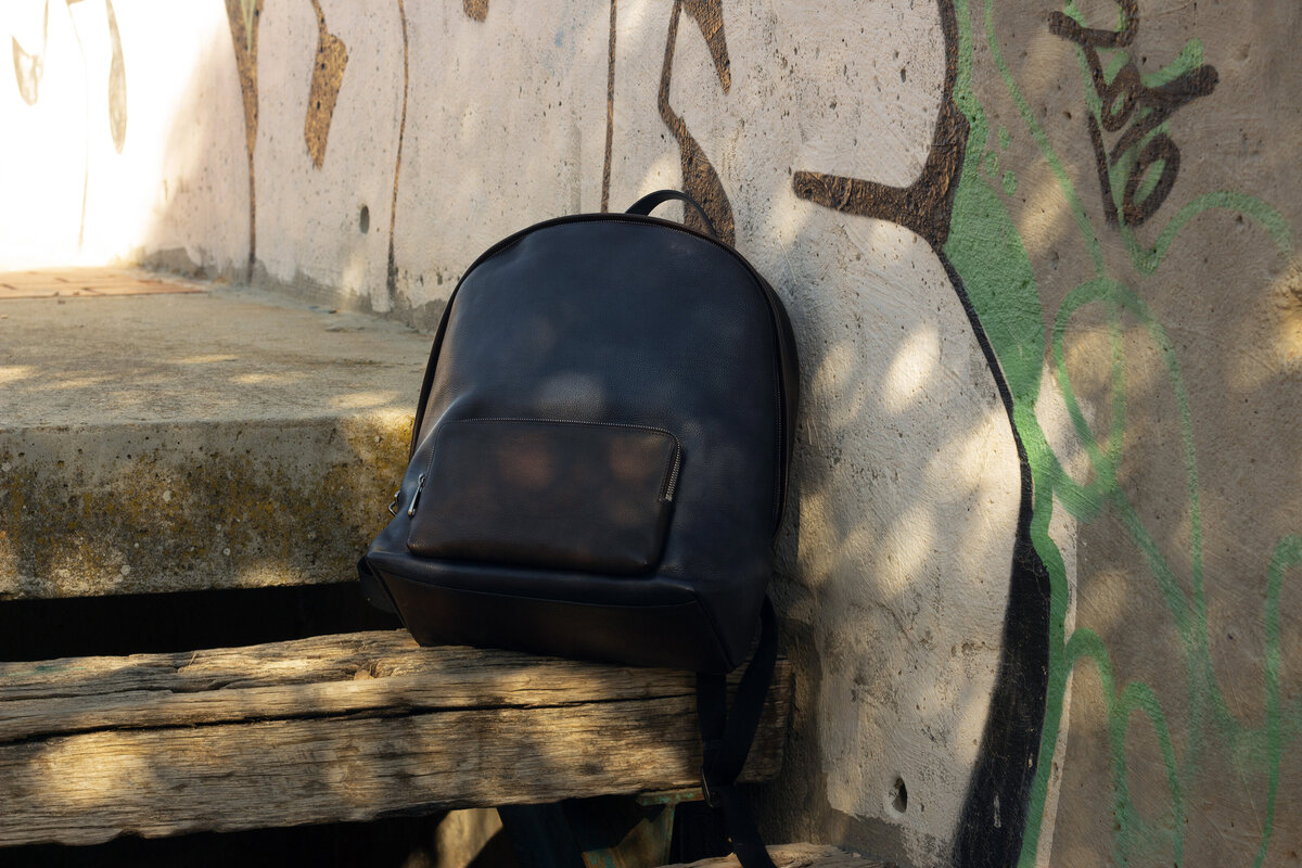 gps-custom-leathergoods-backpack-2
