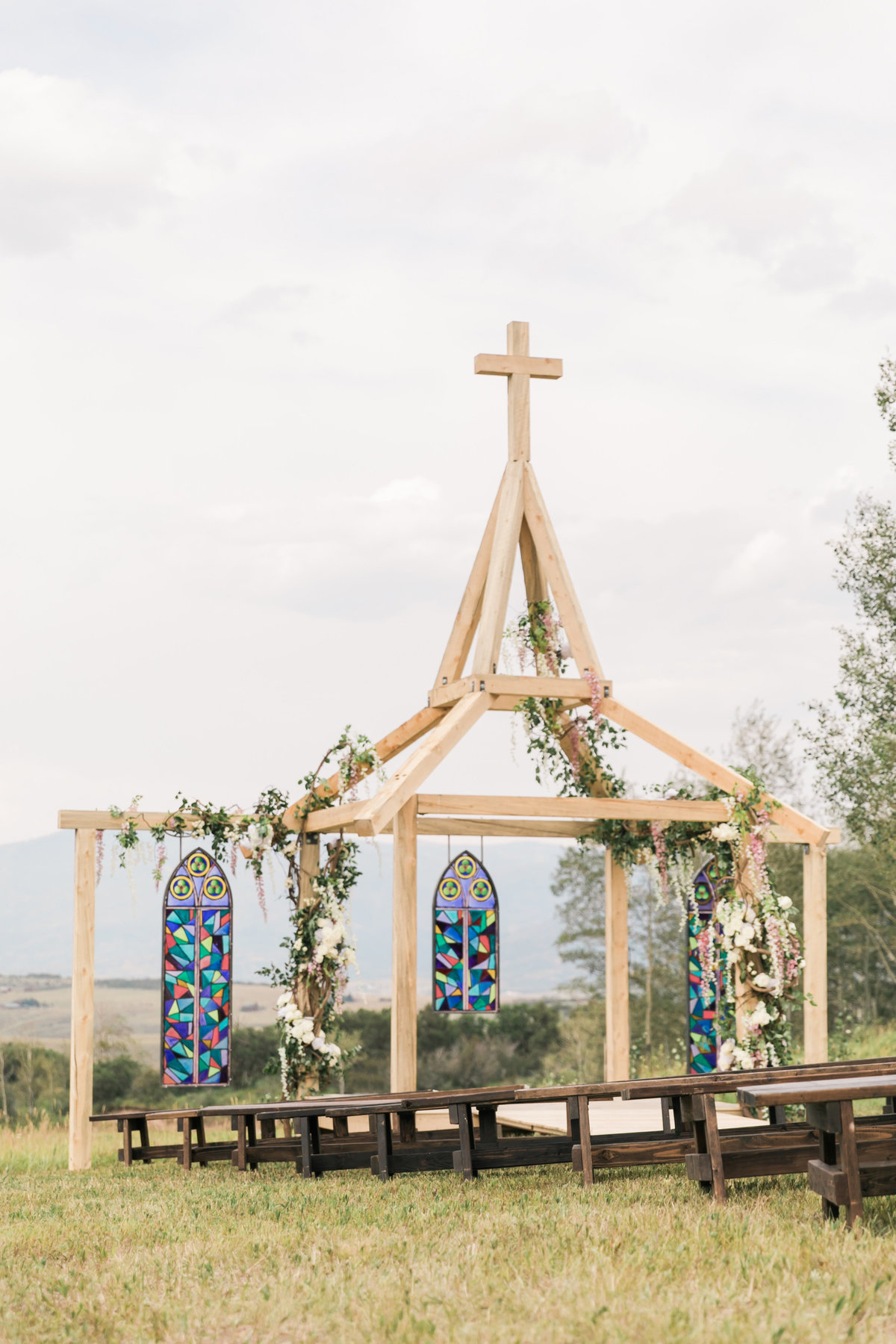Kari_Ryan_Anderson_Colorado_Outdoor_Chapel_Wedding_Valorie_Darling_Photography - 35 of 126