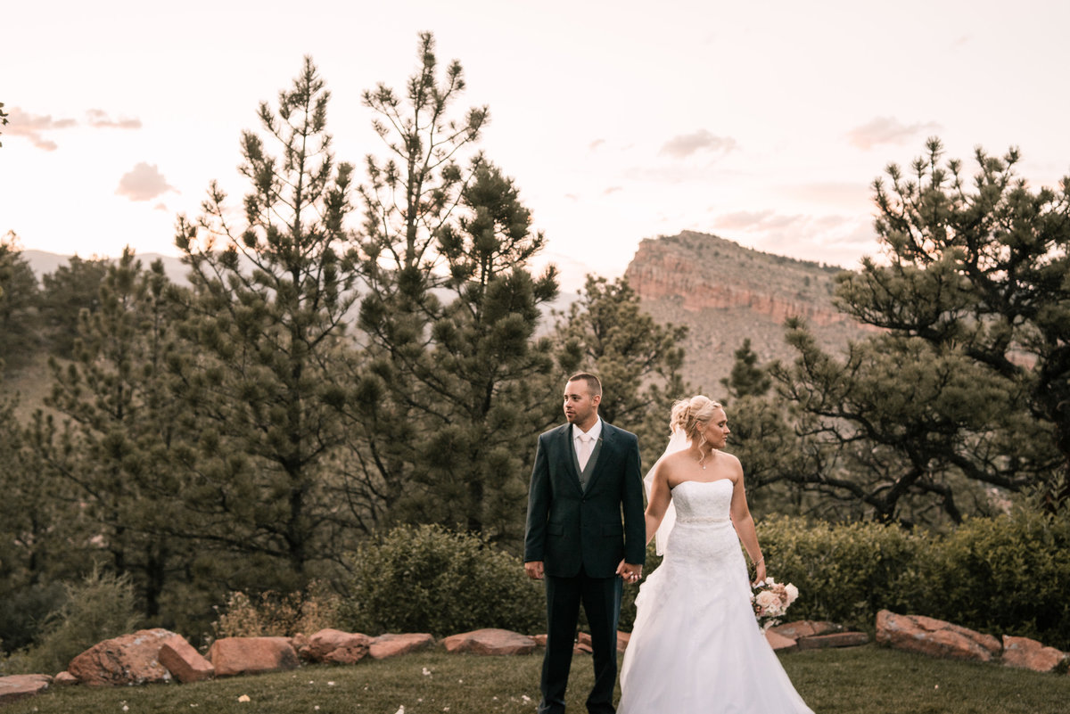 lauren-todd-lionscrest-manor-colorado-wedding-outdoor-photography-photographer-Dgass-Photography-02177