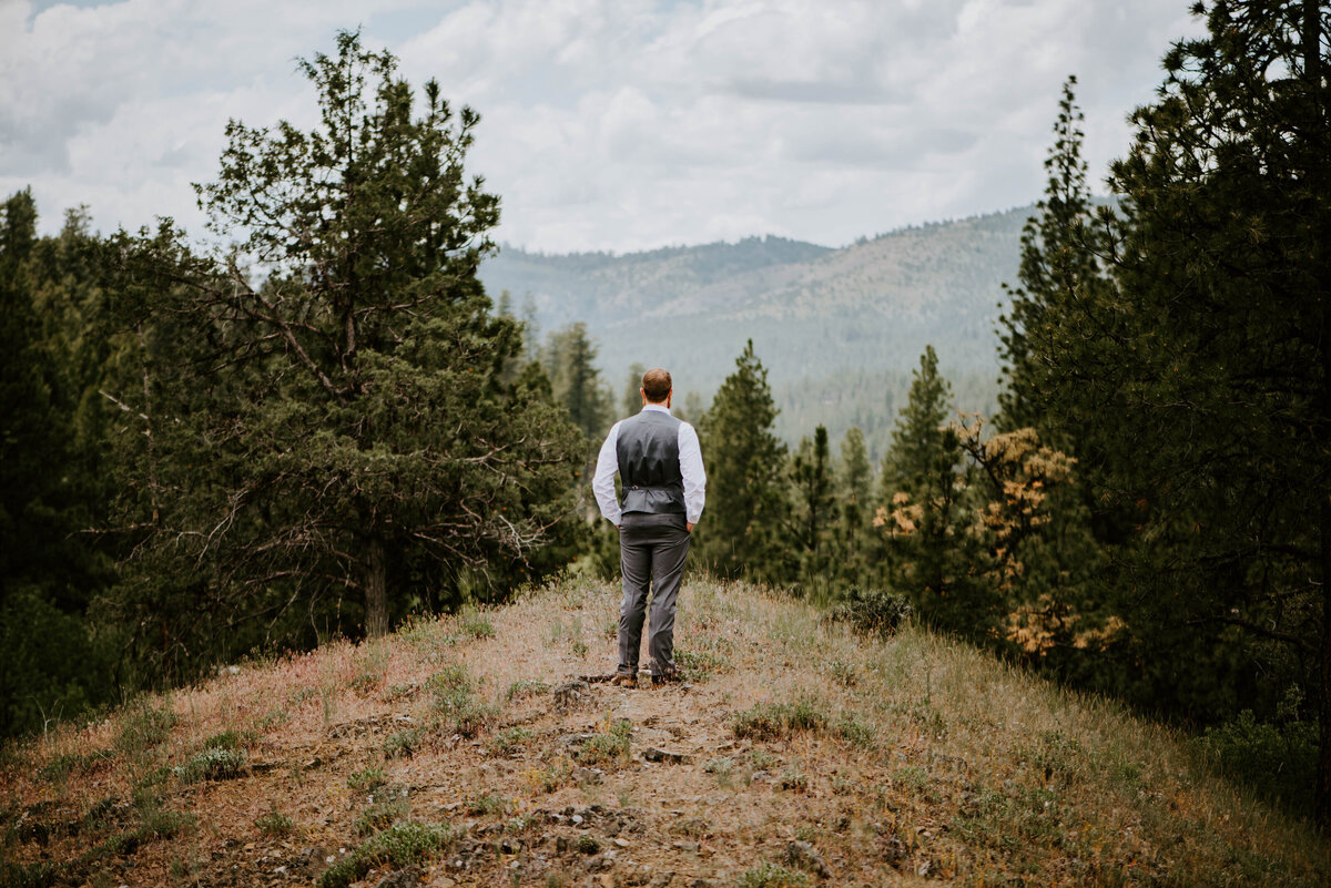 ochoco-forest-central-oregon-elopement-pnw-woods-wedding-covid-bend-photographer-inspiration1990