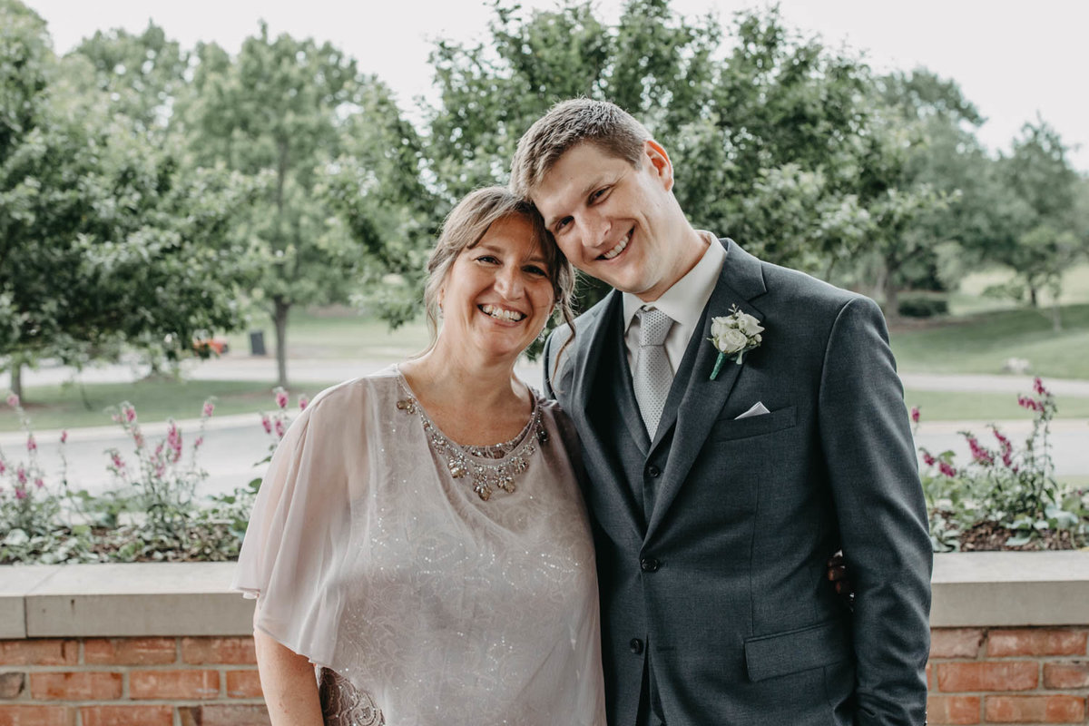 mom-and-groom-wedding-day-chicago-elopement-photographer