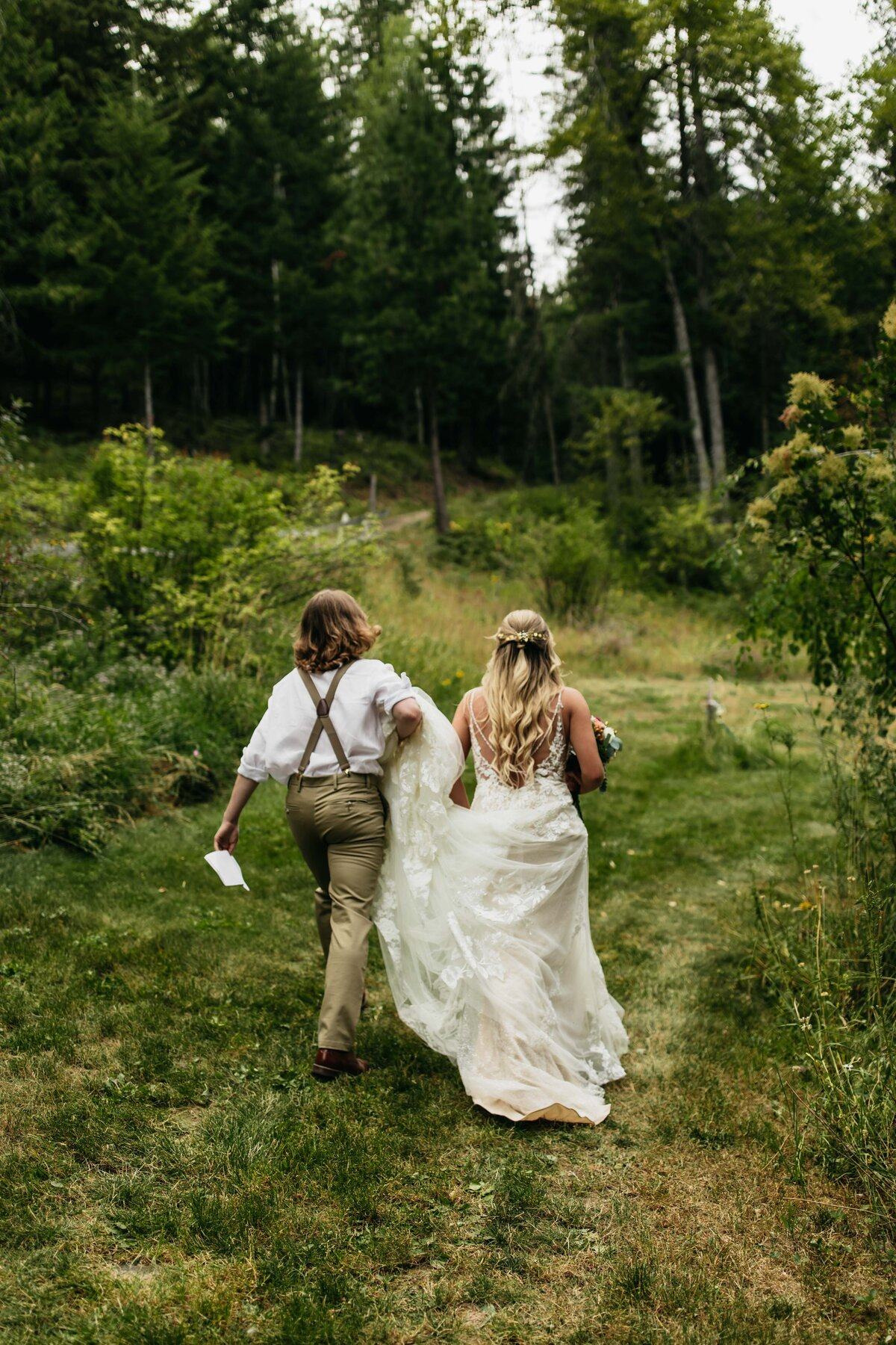 Beacon Hill Photographer Forest and Outdoor Elopement Photographer in Spokane Washington - Clara Jay Photo-3