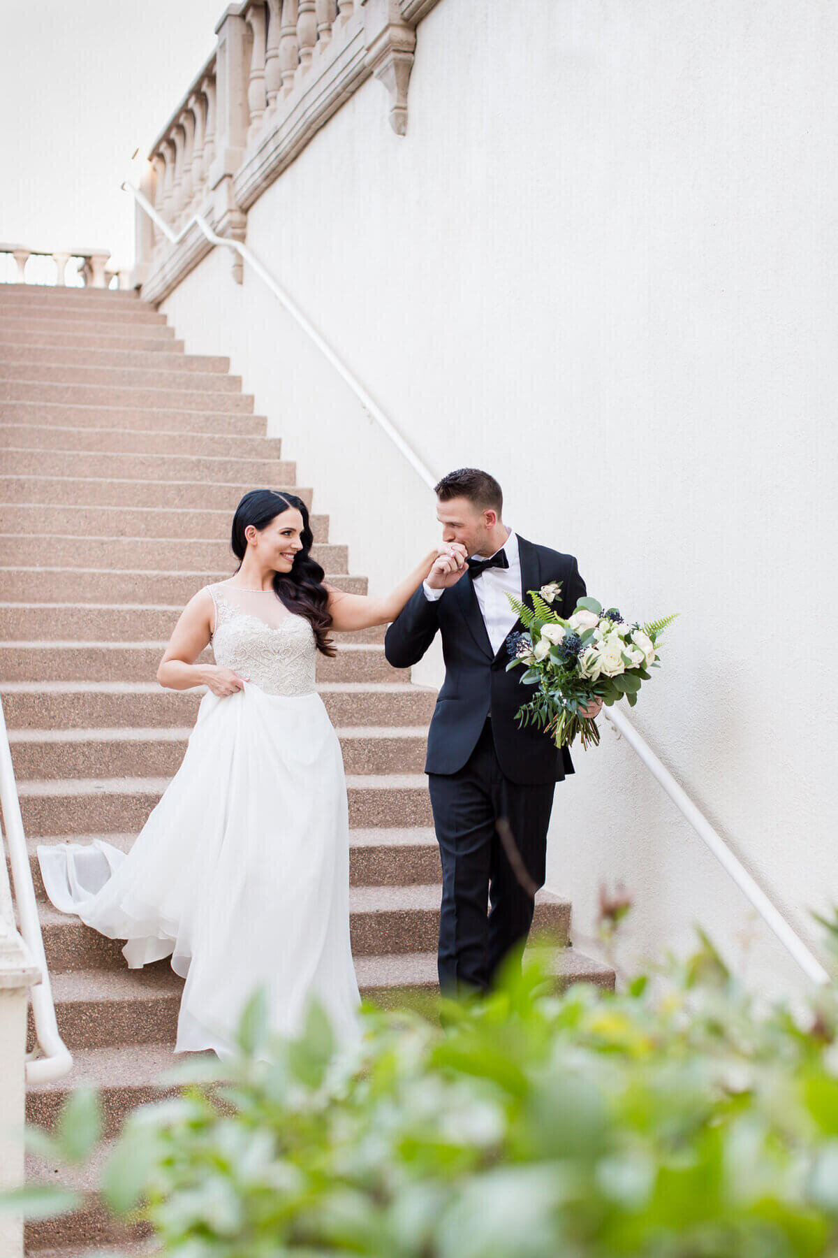 intimate-wedding-photos-at-the-reflection-bay-las-vegas-