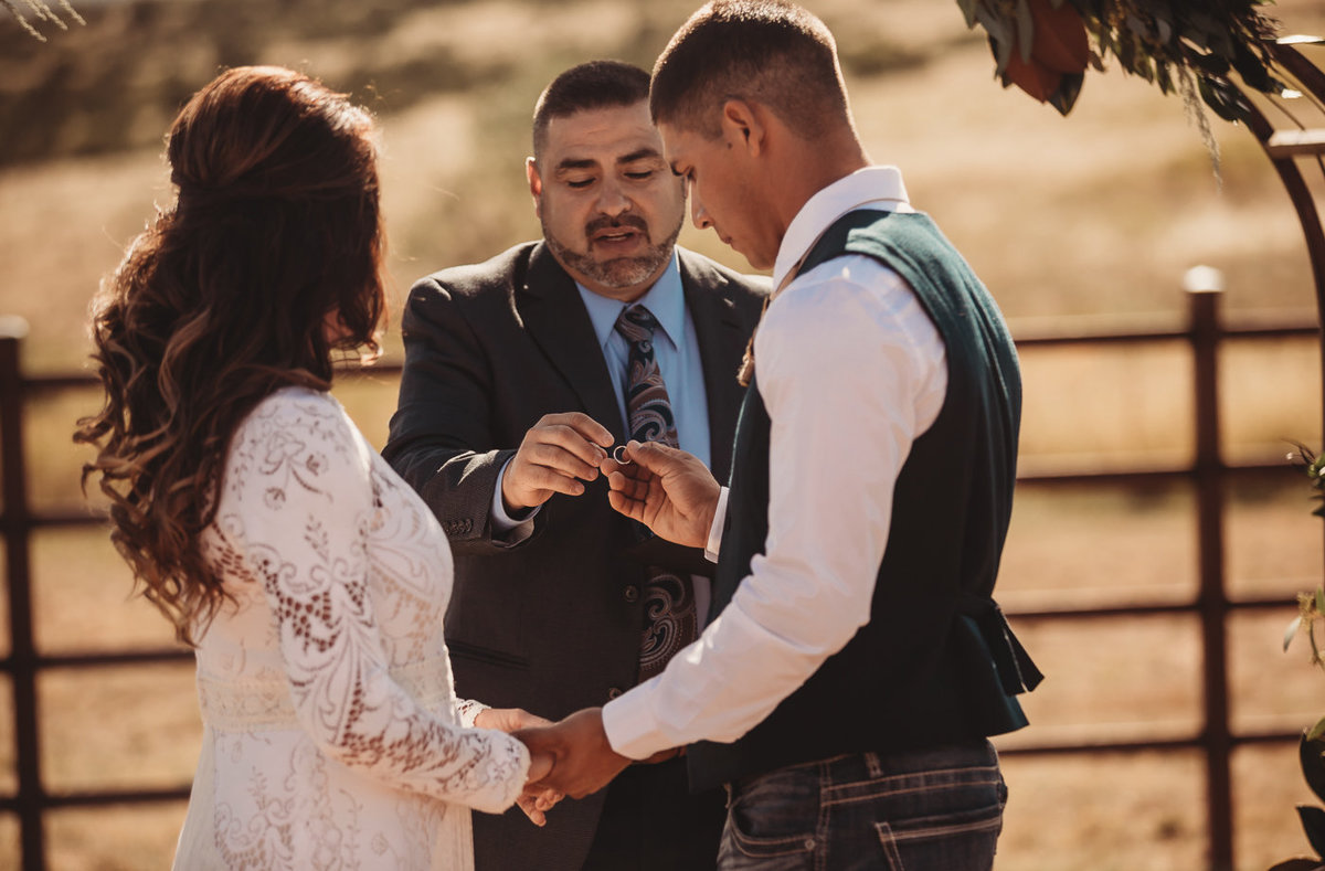 texas-ranch-wedding-native-roaming-137