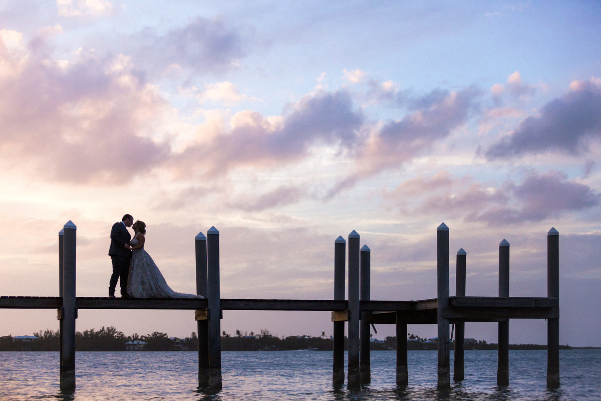 KeyWestWeddingPhotographer-BrideGroomSunset-KeyWestWeddingPhotographer-TessaMaxinePhotograpy55