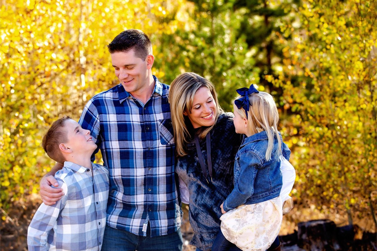 Alisa Messeroff Photography, Alisa Messeroff Photographer, Breckenridge Colorado Photographer, Professional Portrait Photographer, Family Photographer, Families Photography 7