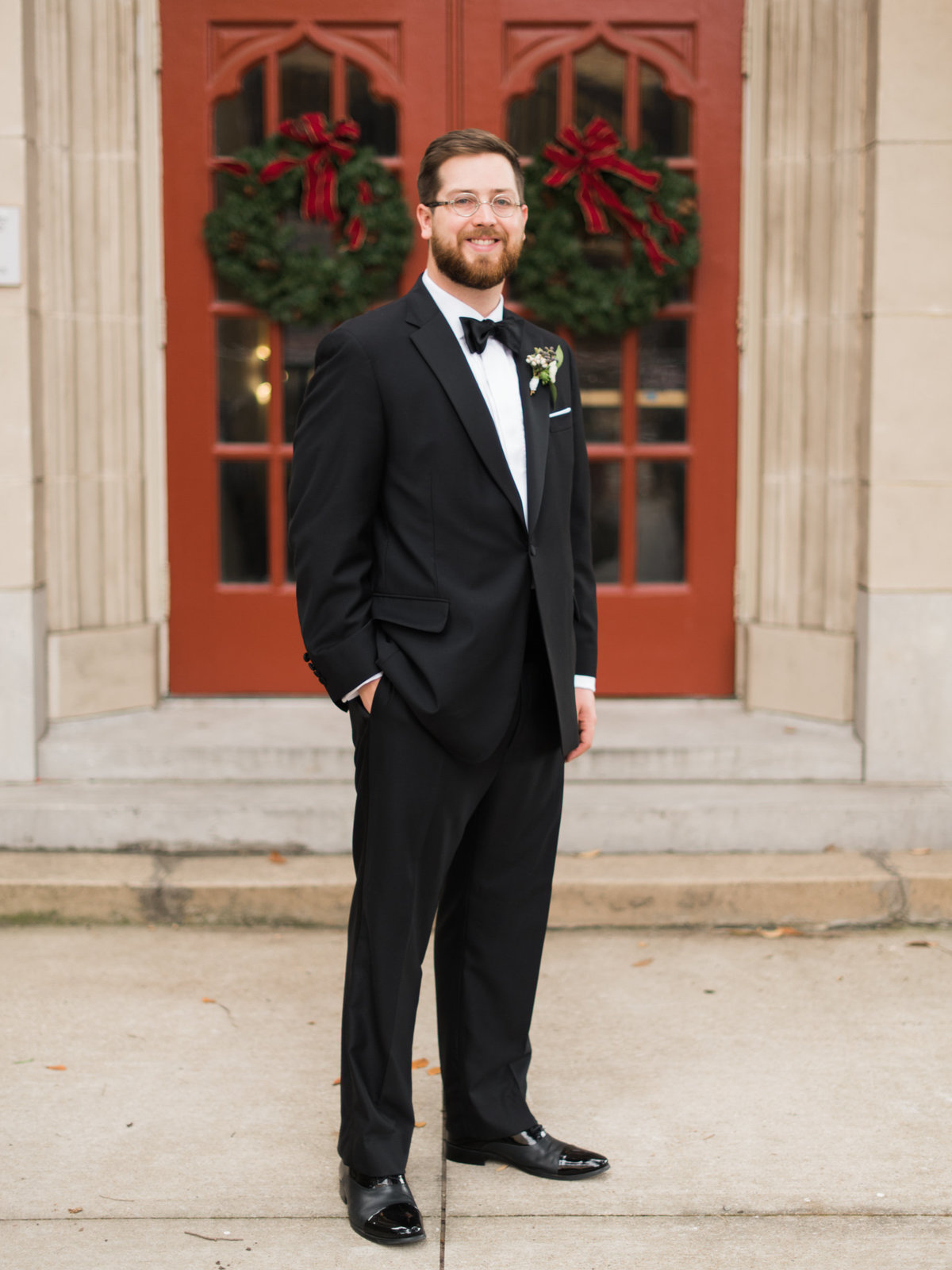 Courtney Hanson Photography - Festive Holiday Wedding in Dallas at Hickory Street Annex-4020