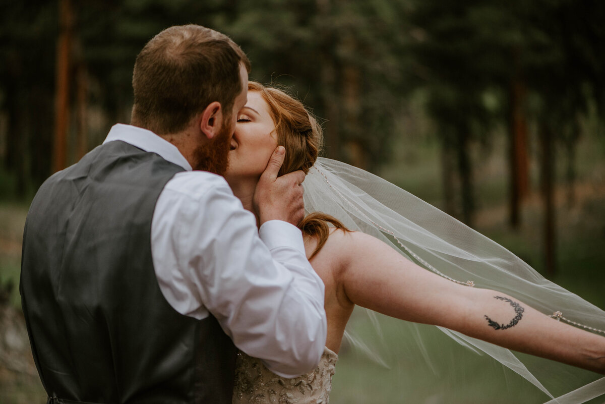 ochoco-forest-central-oregon-elopement-pnw-woods-wedding-covid-bend-photographer-inspiration3222