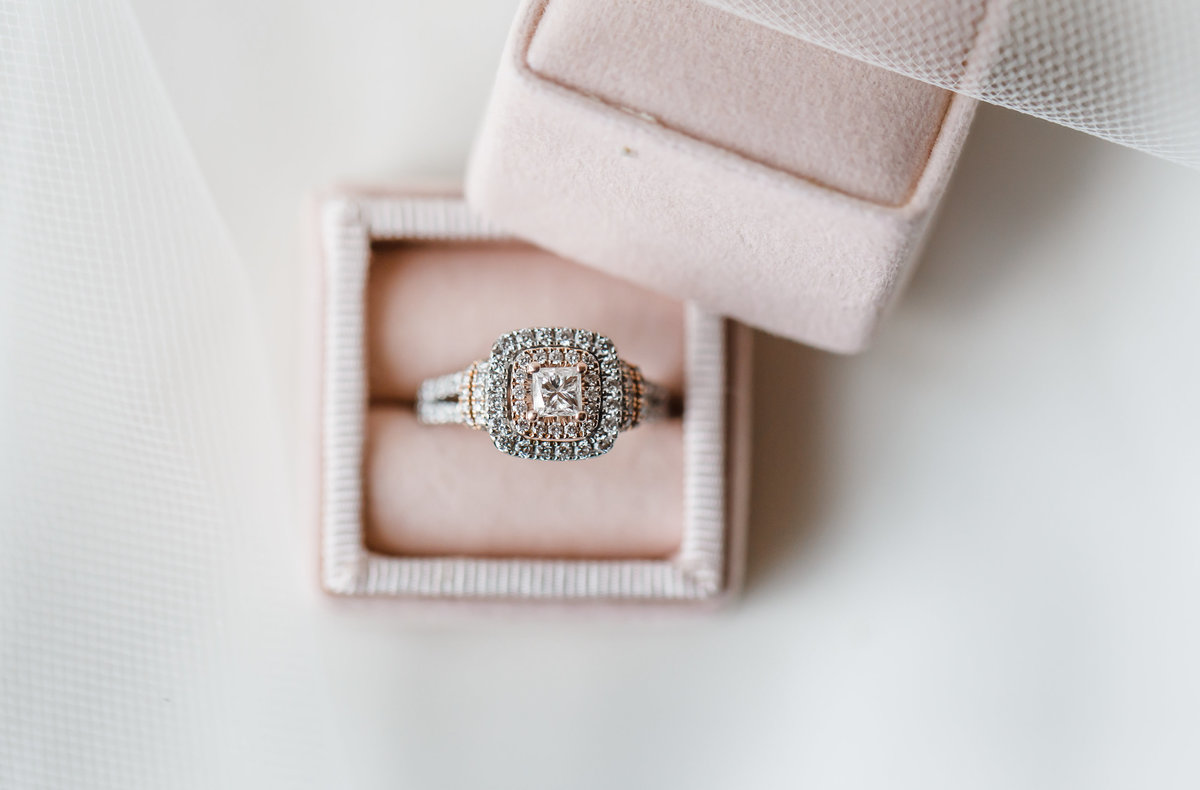 Elizabeth Hill Photography Blush and Navy North Carolina Wedding-6