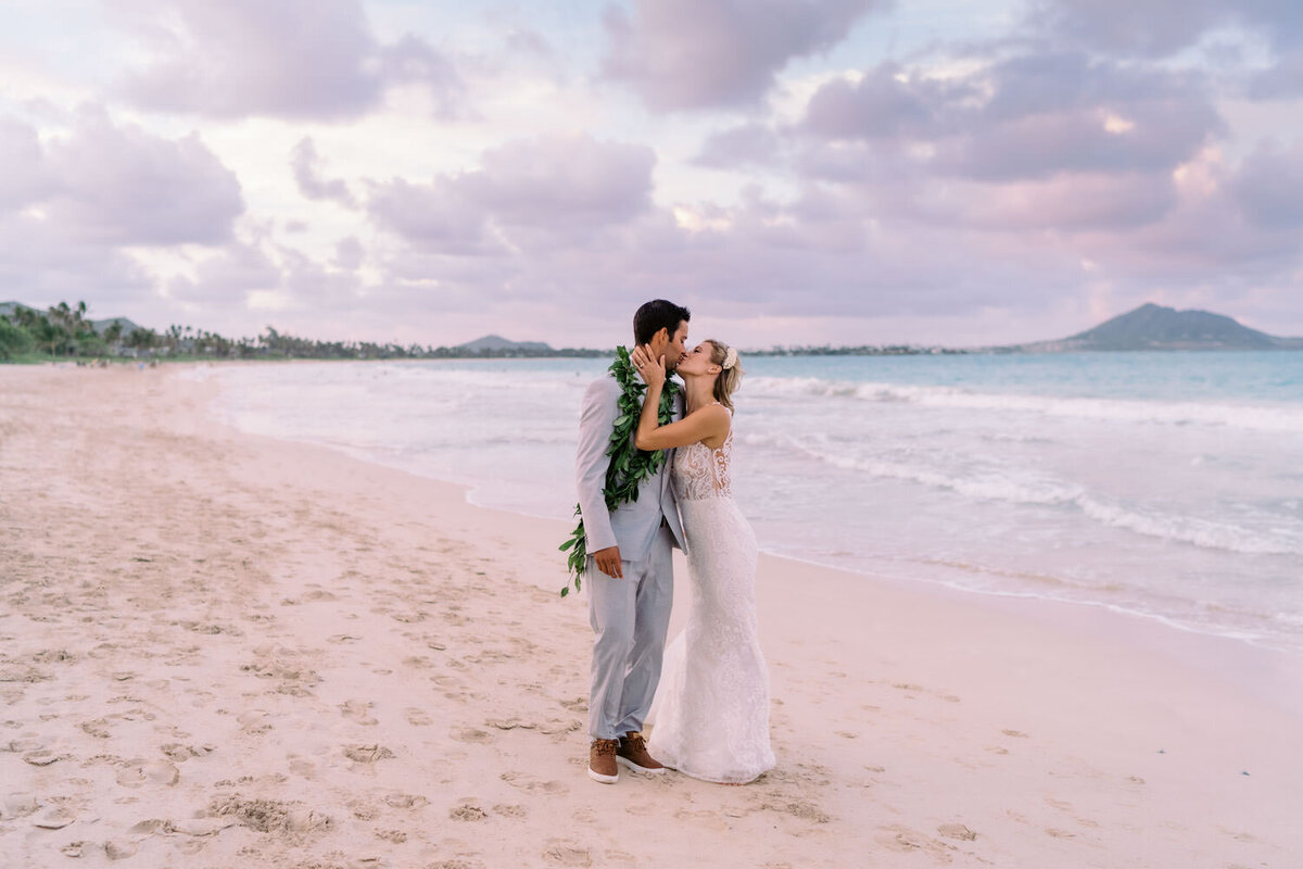 oahu-backyard-wedding-photographer-475