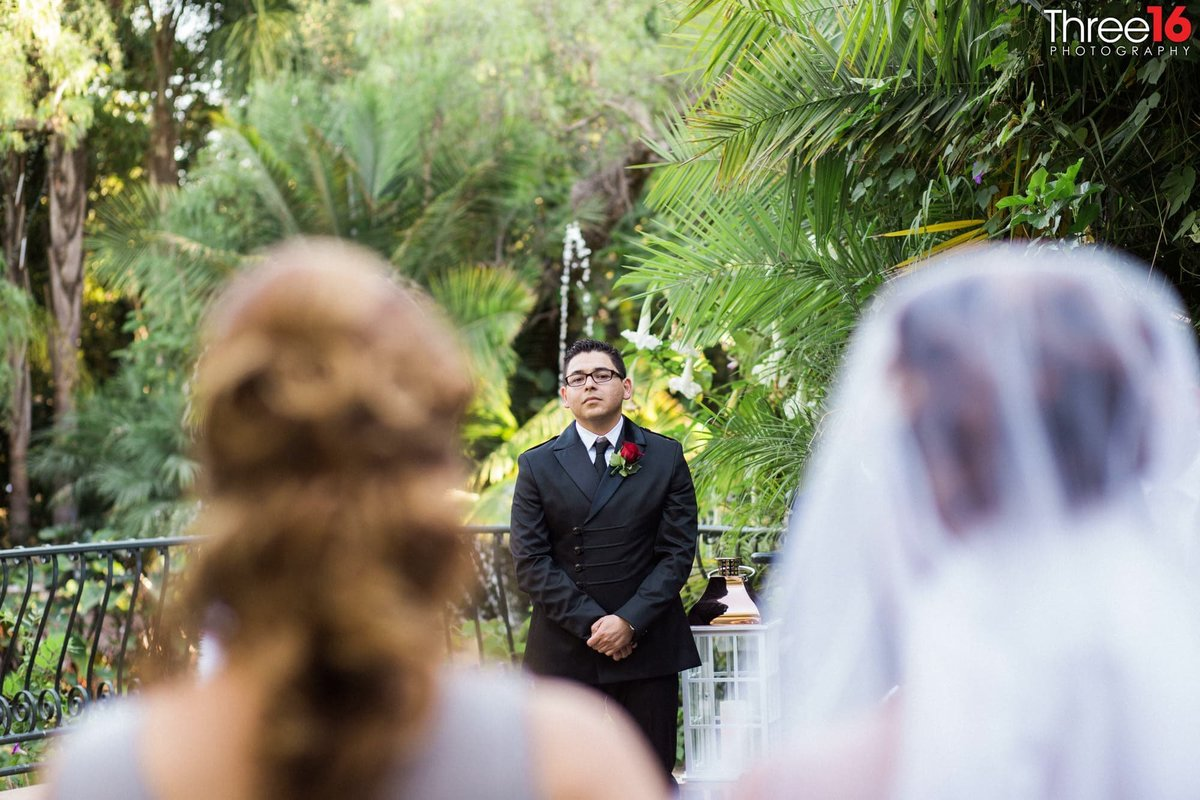 wedding ceremony in los angeles outdoor eden gardens