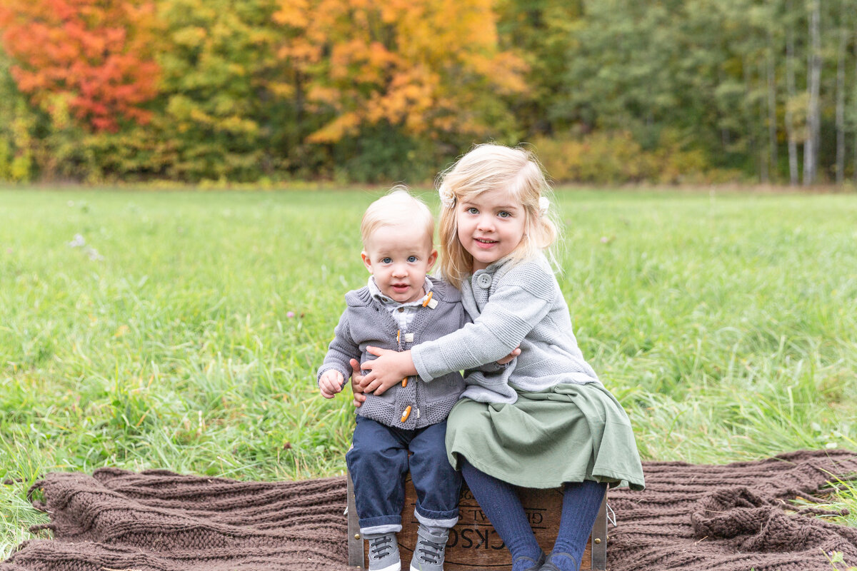 ottawa-fall-family-photographer-grey-loft-studio-1