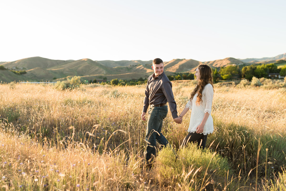 Spring Boise Foothills Engagement Shoot03