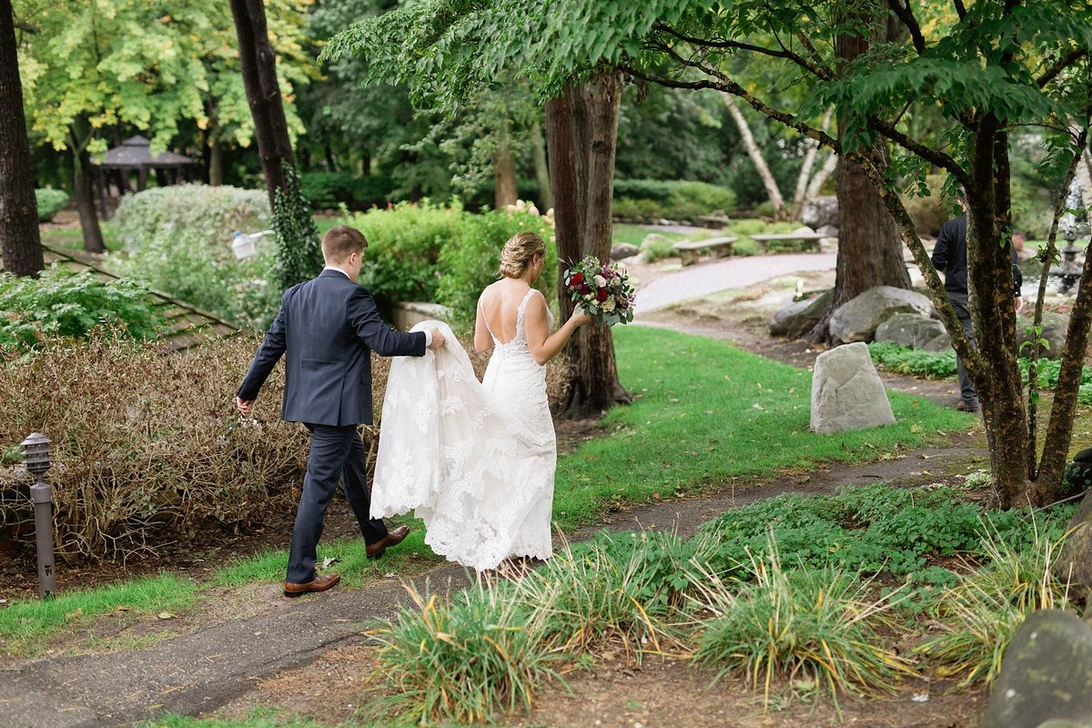 Jordan-Ben-Pine-Knob-Mansion-Clarkston-Michigan-Wedding-Breanne-Rochelle-Photography81