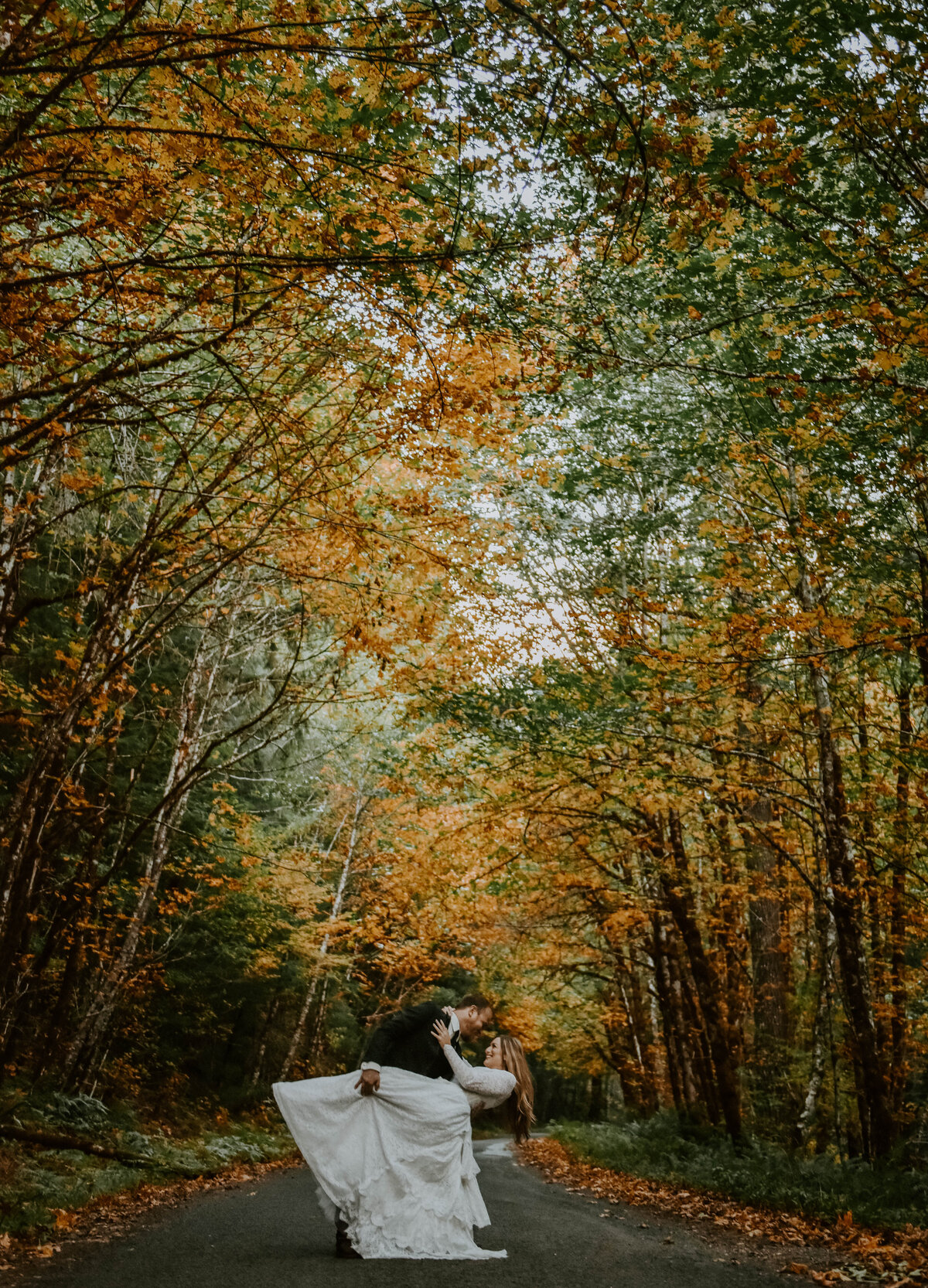 mount-hood-mountain-cabin-woods-elopement-forest-oregon-pnw-wedding-photographer0133