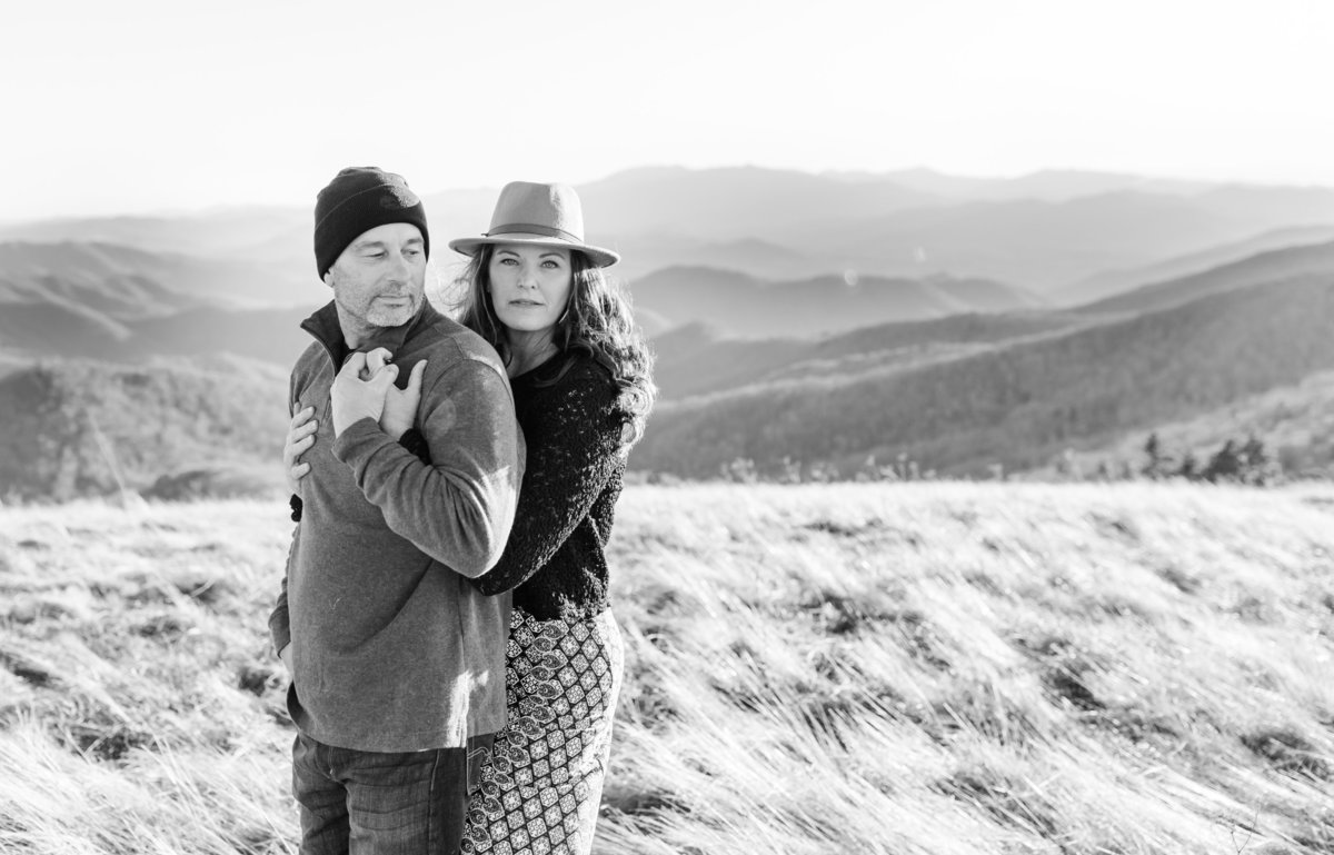 Roan Mountain Couples Session Elizabeth Hill Photography Tennessee Wedding Photographer Knoxville Wedding Photographer-10