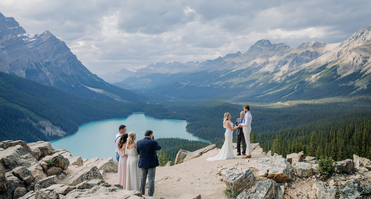 peyto lake intimate wedding elopement boho mountain photographer
