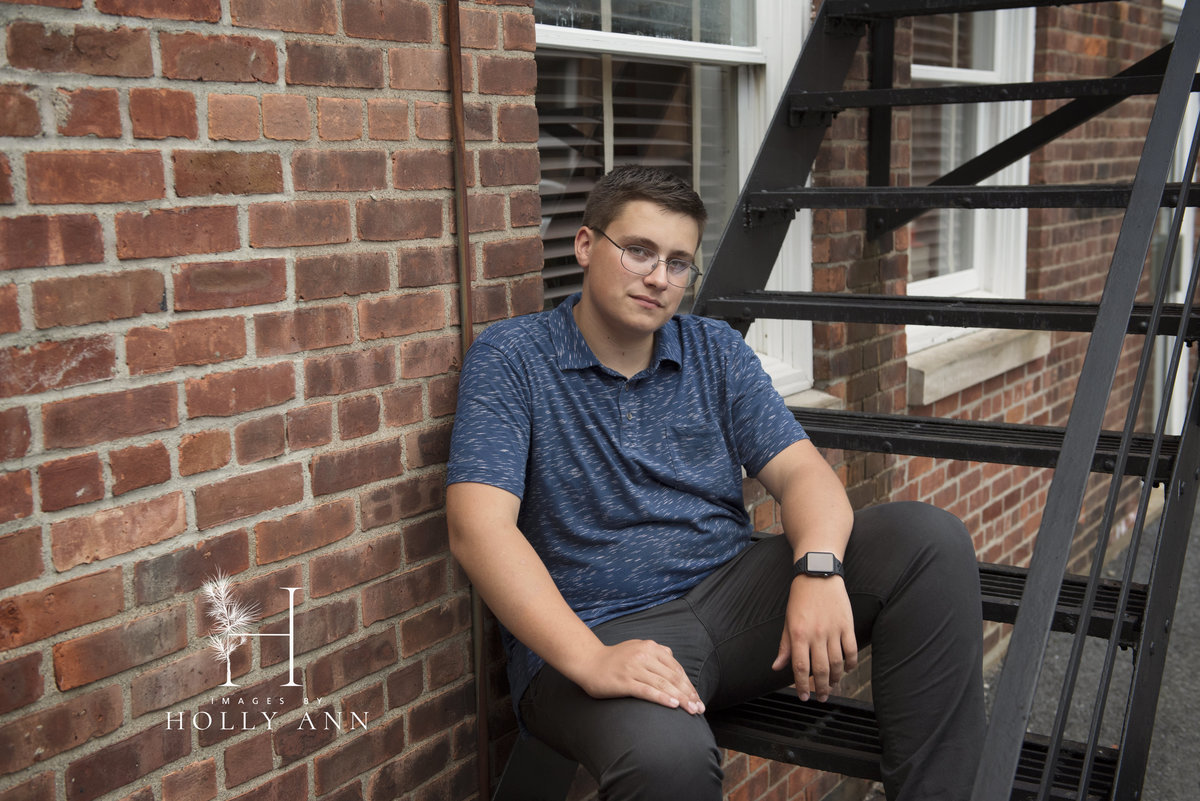 outdoor high school senior portrait session glens falls ny