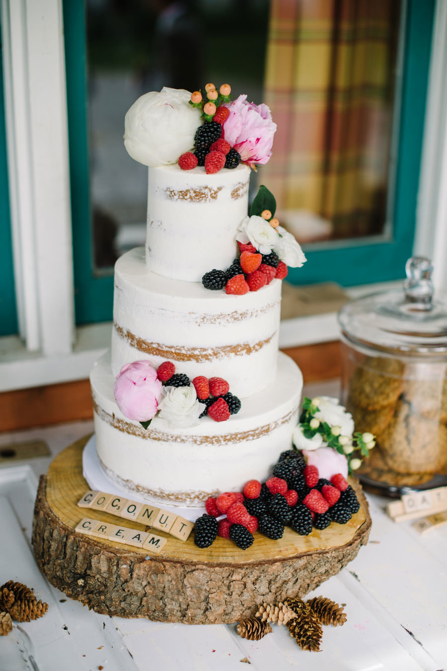 Whippt Wedding Cake - Credit Shannon Valente wedding planner and Corrina Walker Photography