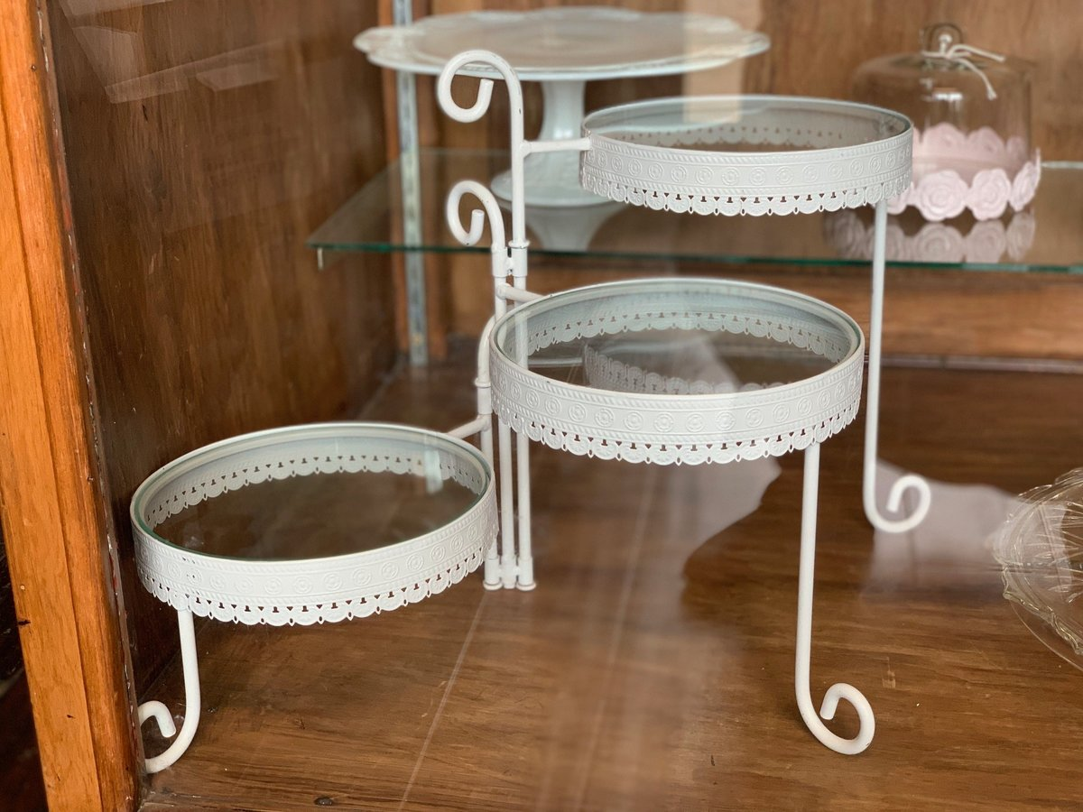 white offset tiered cake stand