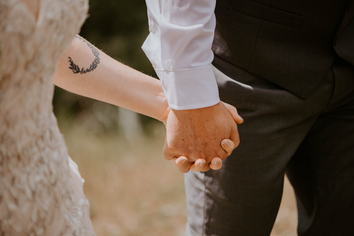ochoco-forest-central-oregon-elopement-pnw-woods-wedding-covid-bend-photographer-inspiration2248